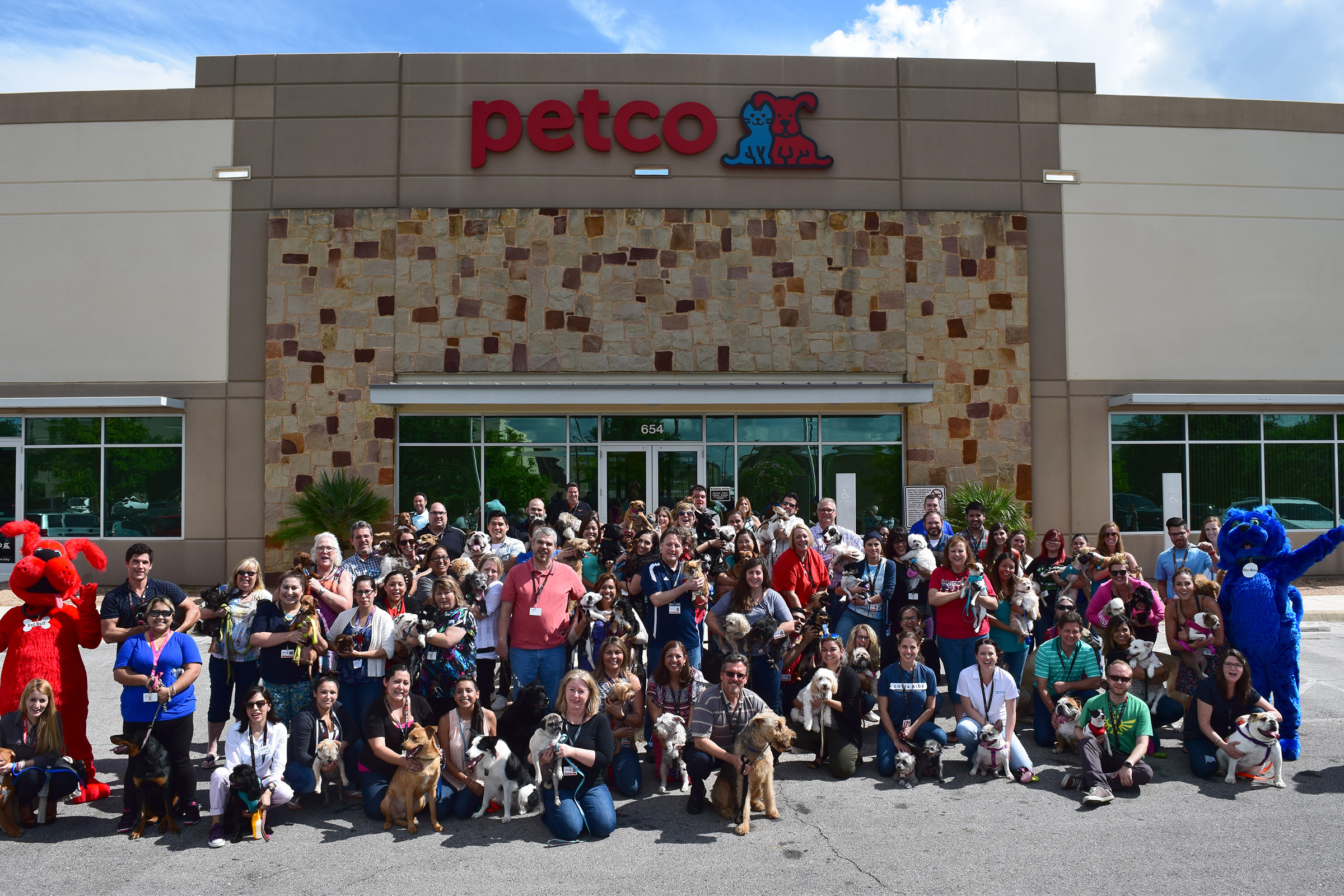 Petco partnered with Purina to celebrate #petsatwork by encouraging employees to bring their pet to work in attempt to help break the world record for Most Pets in the Workplace in One Day