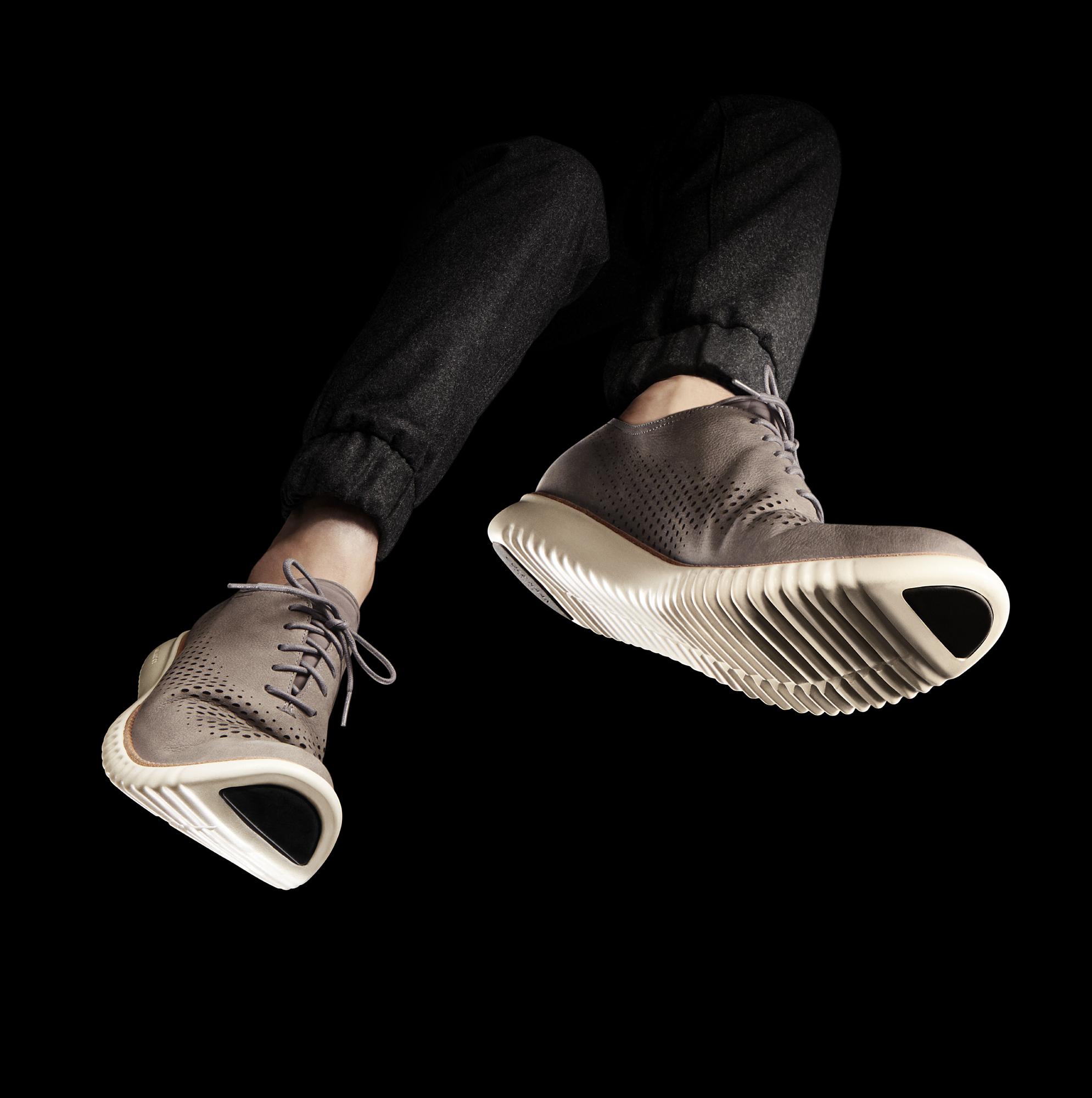 Cole Haan Fall 2016 – Men's 2.ZERØGRAND Laser Wingtip Oxford – Ironstone/Ivory