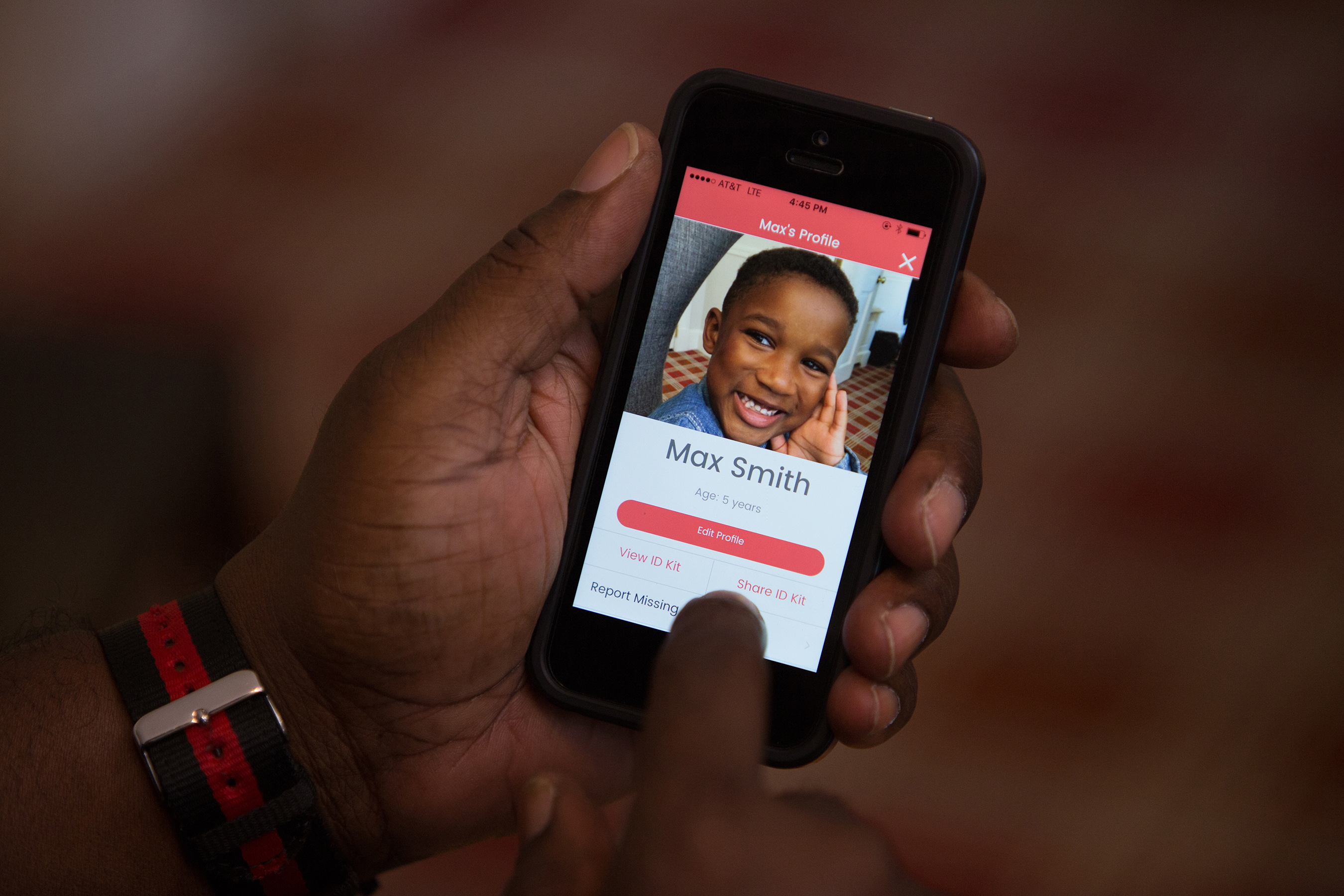 With the touch of a button, the app can send an up-to-date photo, descriptive information and digital fingerprints to law enforcement if a child goes missing. The app will remind users when it's time to update the photo of their child.