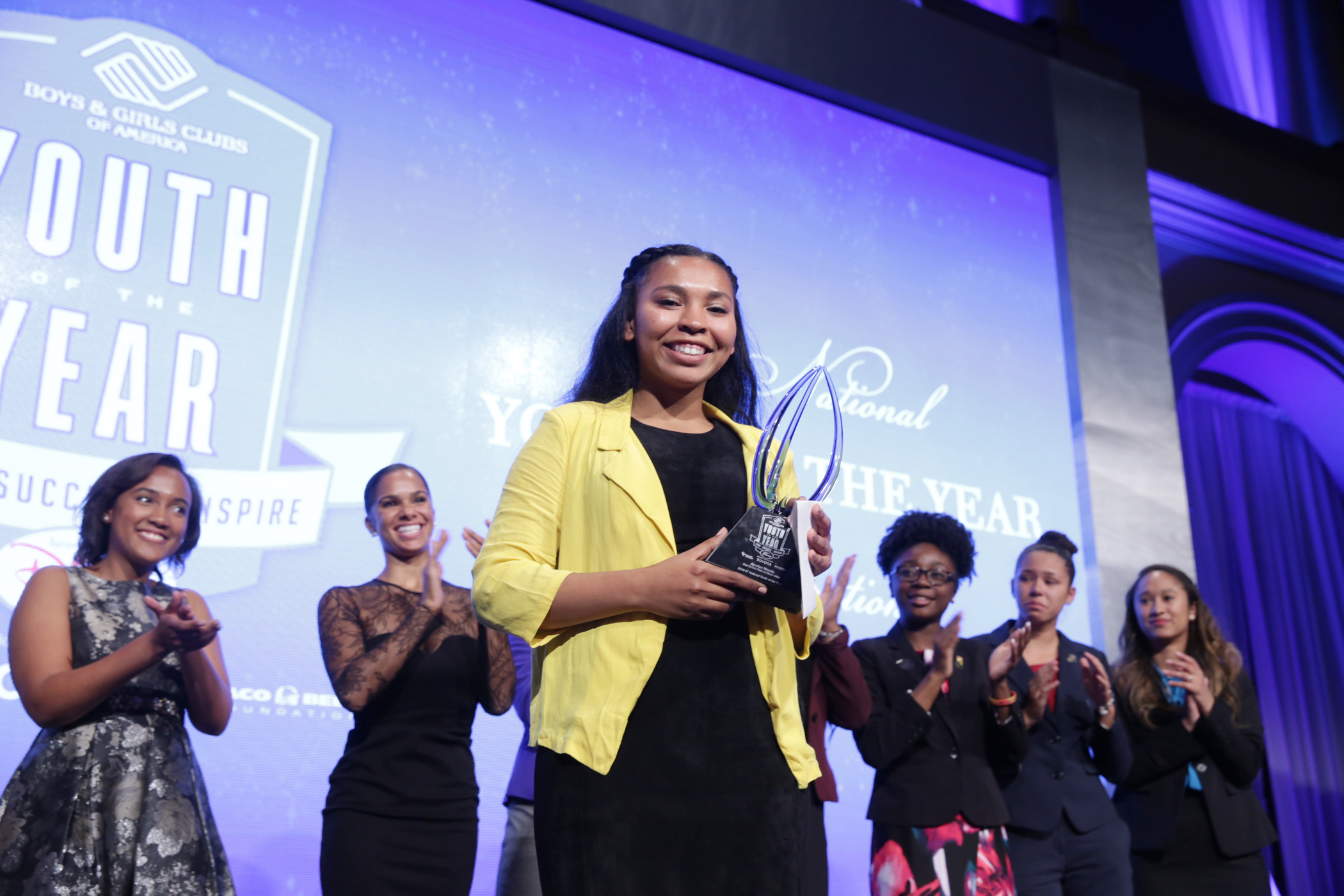 Jocelyn accepts National Youth of the Year title while American Ballet Theatre principal and Club alum Misty Copeland cheers her on