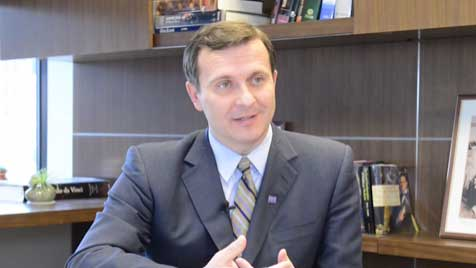 Dr. Maciej Lesniak explains his clinical trial and what makes it unique.