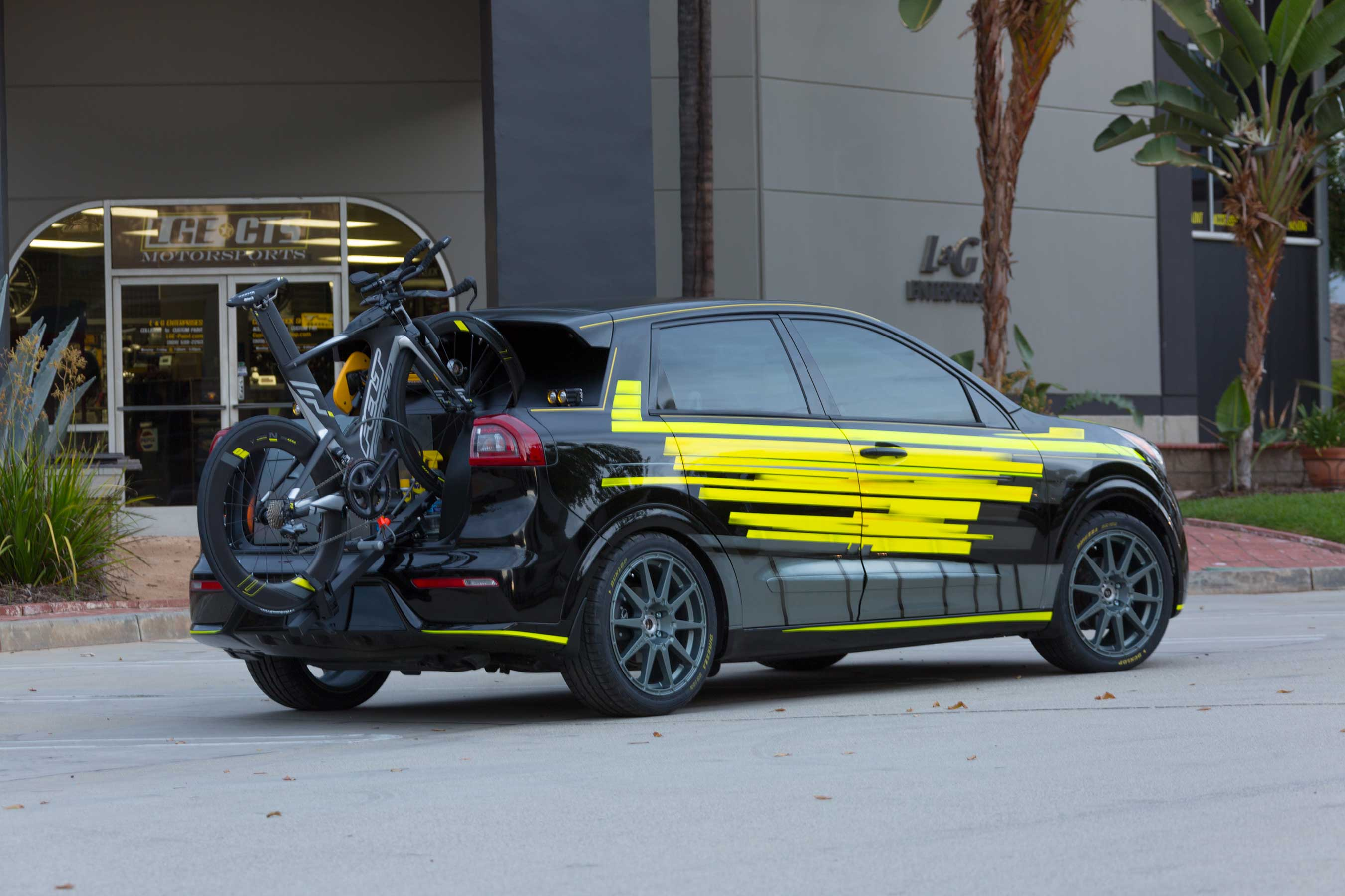 Kia's autonomous Niro Triathlon offers athletes refuge in a cabin designed for recharging and recovery while also providing top-notch training and safety equipment