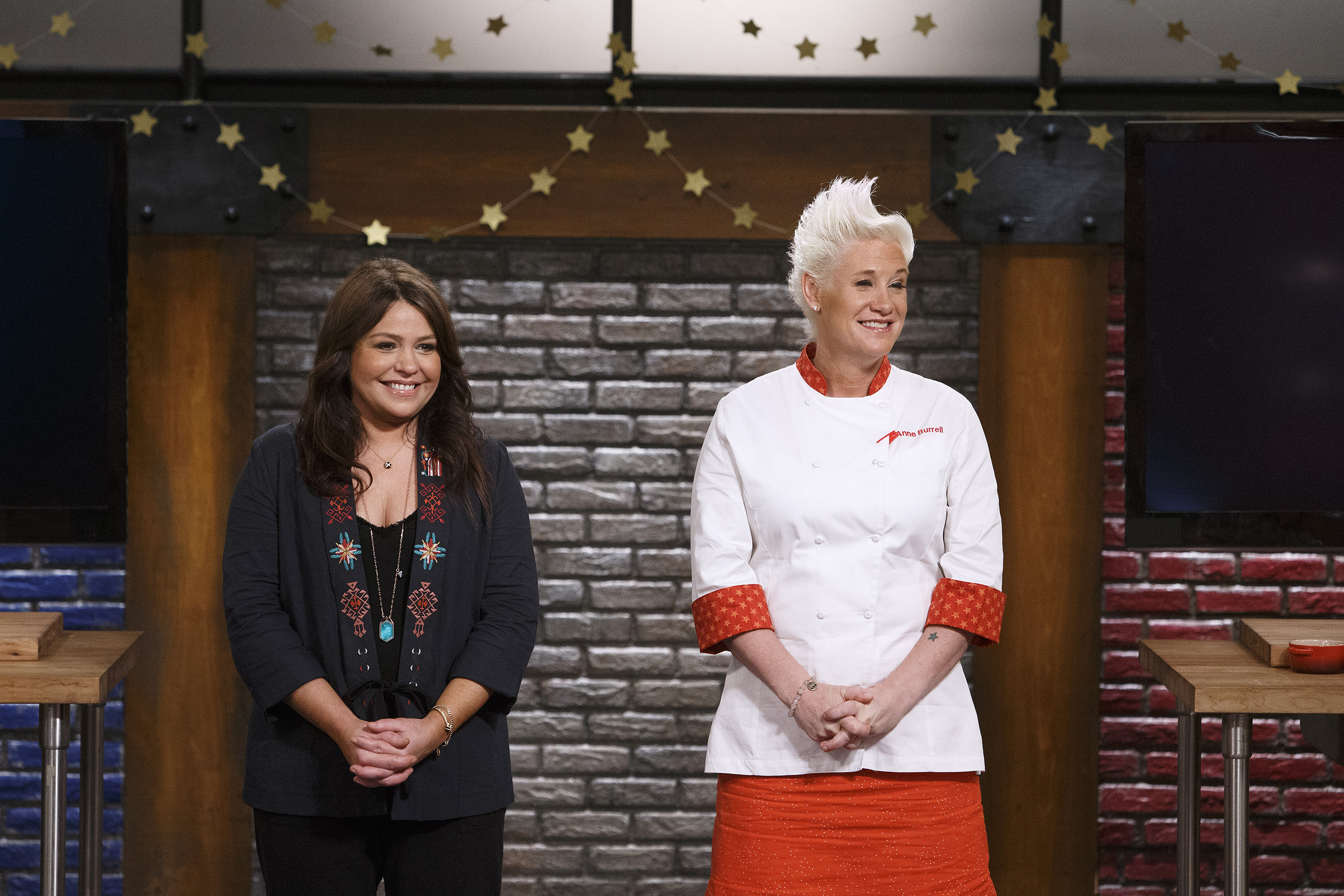 Worst Cooks in America - Season 13, Episode 6 - Celebrity ...