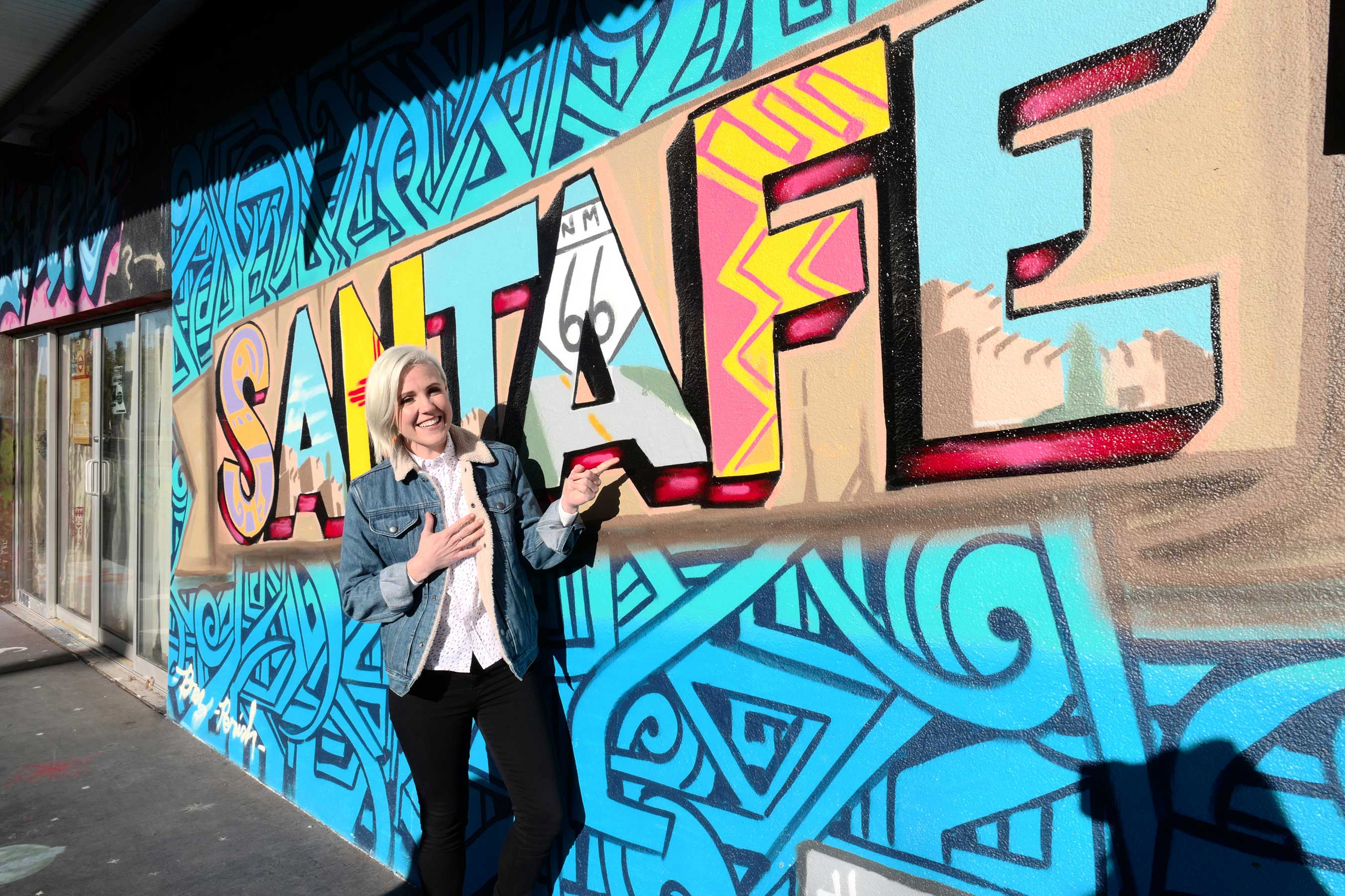 Hannah Hart in Santa Fe, New Mexico on Food Network's I Hart Food