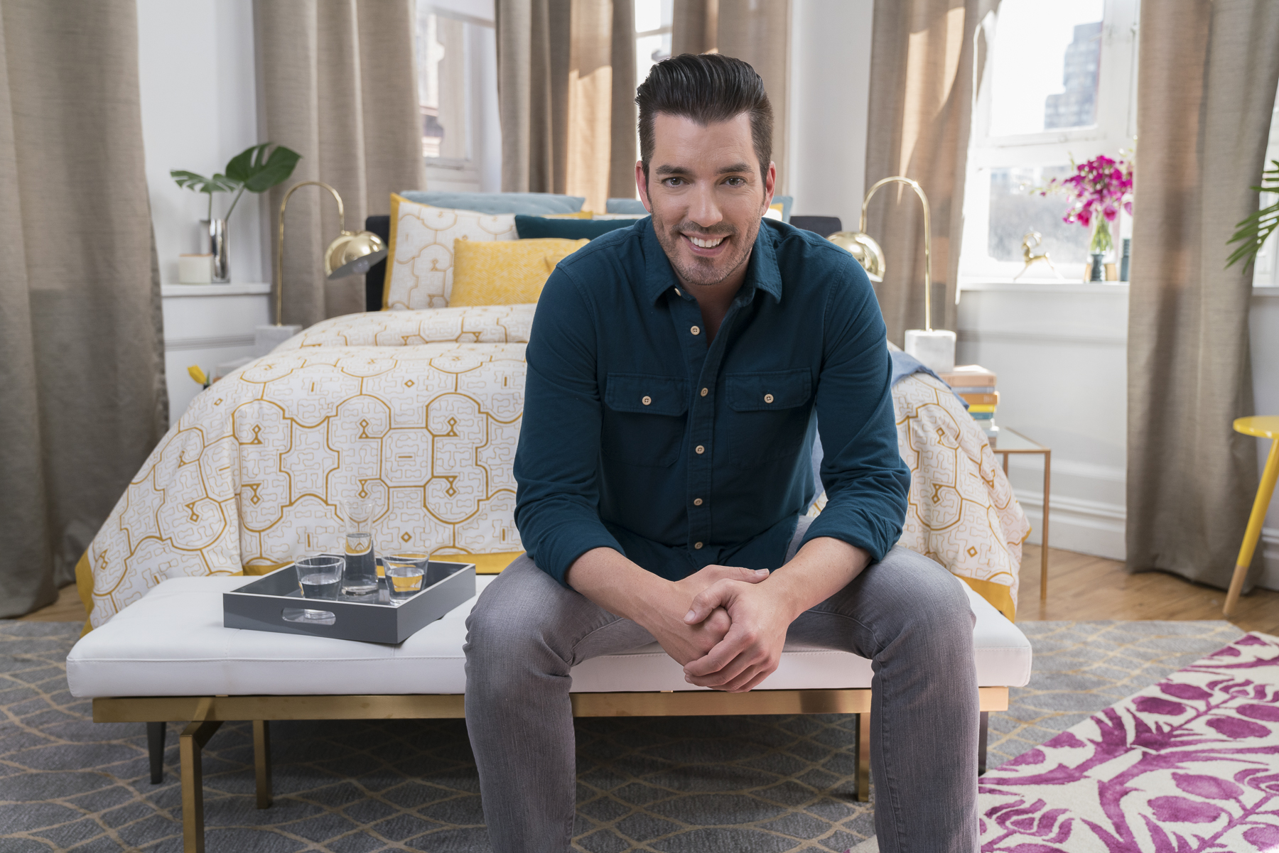 Stearns & Foster and Jonathan Scott, one of television's most recognized home design experts, are teaming up again to bring inspired bedroom designs to consumers who have an eye for luxurious and trend-forward designs.