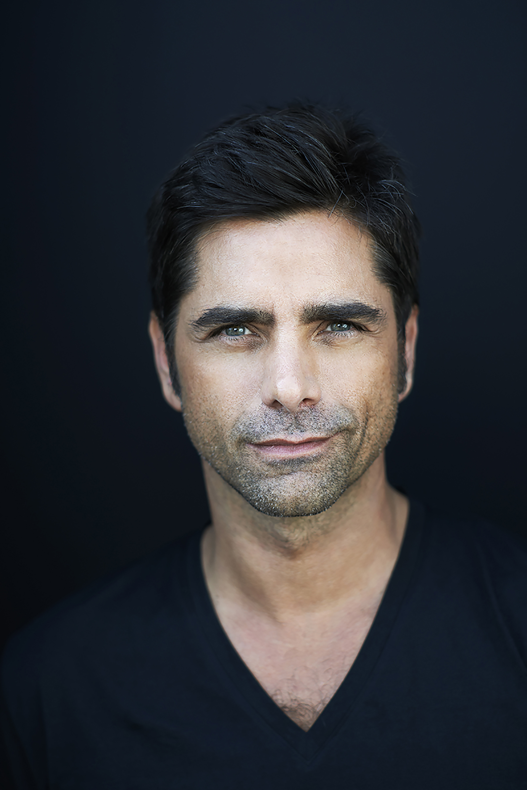 Emmy Award-nominated actor and producer John Stamos (FULLER HOUSE, SCREAM QUEENS) hosts PBS' A CAPITOL FOURTH, broadcast live from the West Lawn of the U.S. Capitol Tuesday, July 4 from 8.00 to 9:30 p.m. ET.