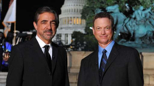 Hosts Joe Mantegna and Gary Sinise