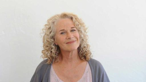 A CAPITOL FOURTH will feature Grammy Award-winning music legend Carole King with the Broadway cast of the Tony, Grammy and Olivier Award-winning musical BEAUTIFUL starring Vanessa Carlton. Photo Credit: Kirsten Schultz