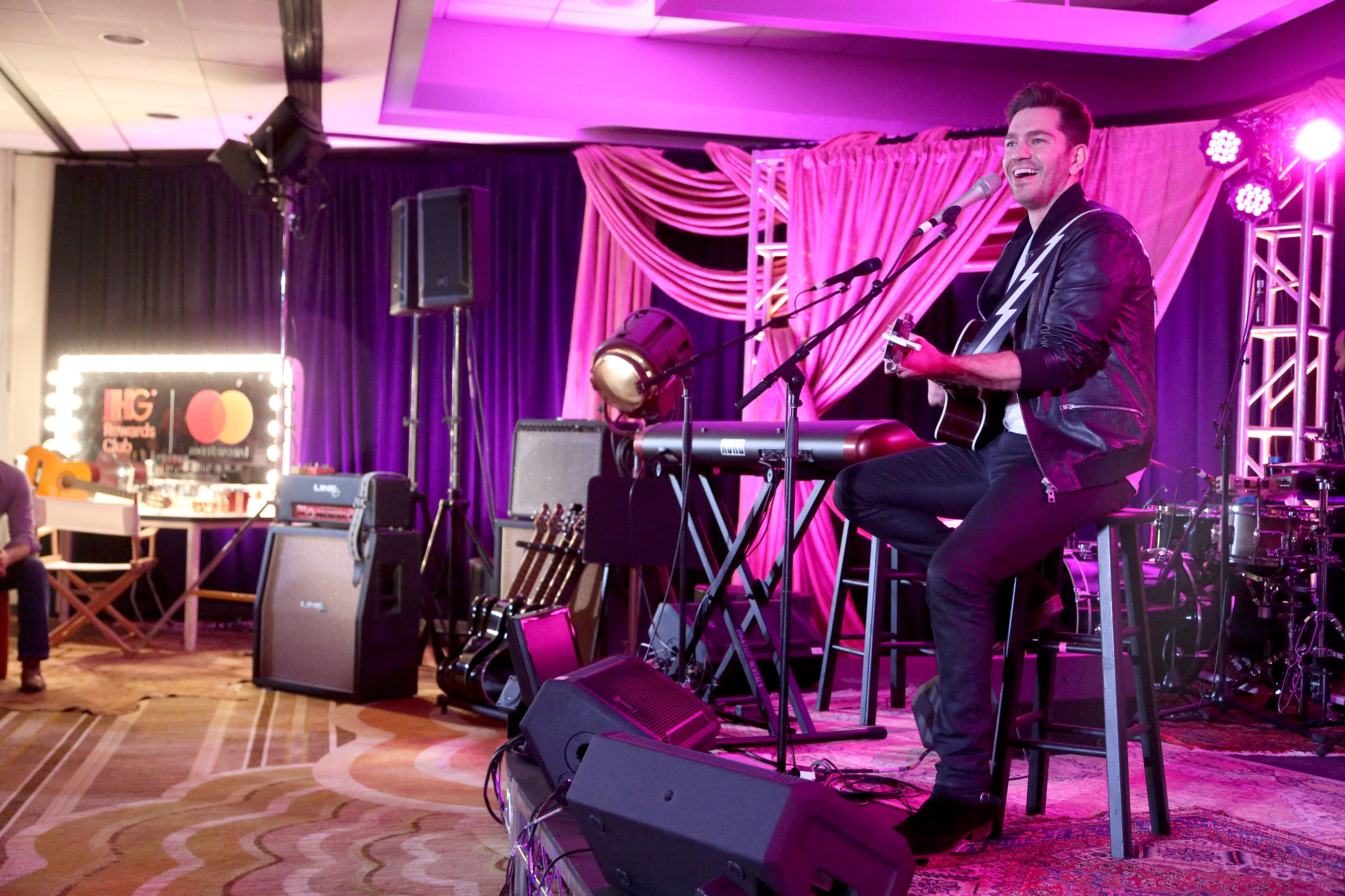 Guests at the Crowne Plaza Los Angeles Airport got the surprise of a lifetime thanks to IHG Rewards Club's® pop-up concert by triple platinum recording artist Andy Grammer on Tues., Nov. 29, 2016, in Los Angeles.