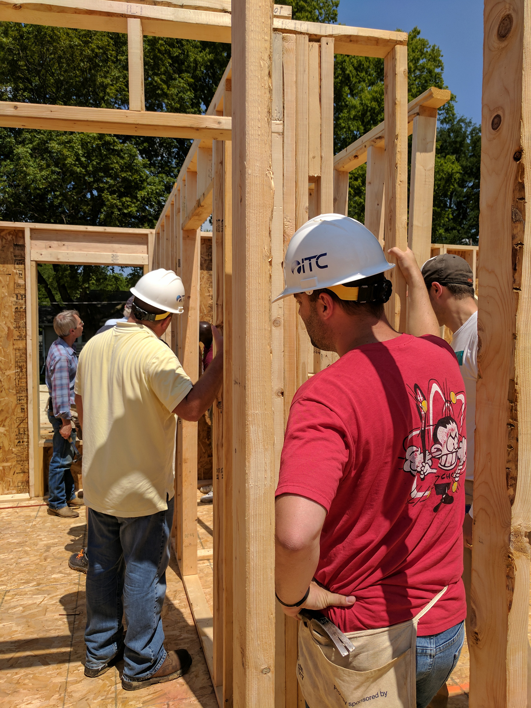 Cedar Valley Habitat for Humanity builds and rehabilitates simple, decent and affordable homes in partnership with families in need in Linn and Benton counties in Iowa.