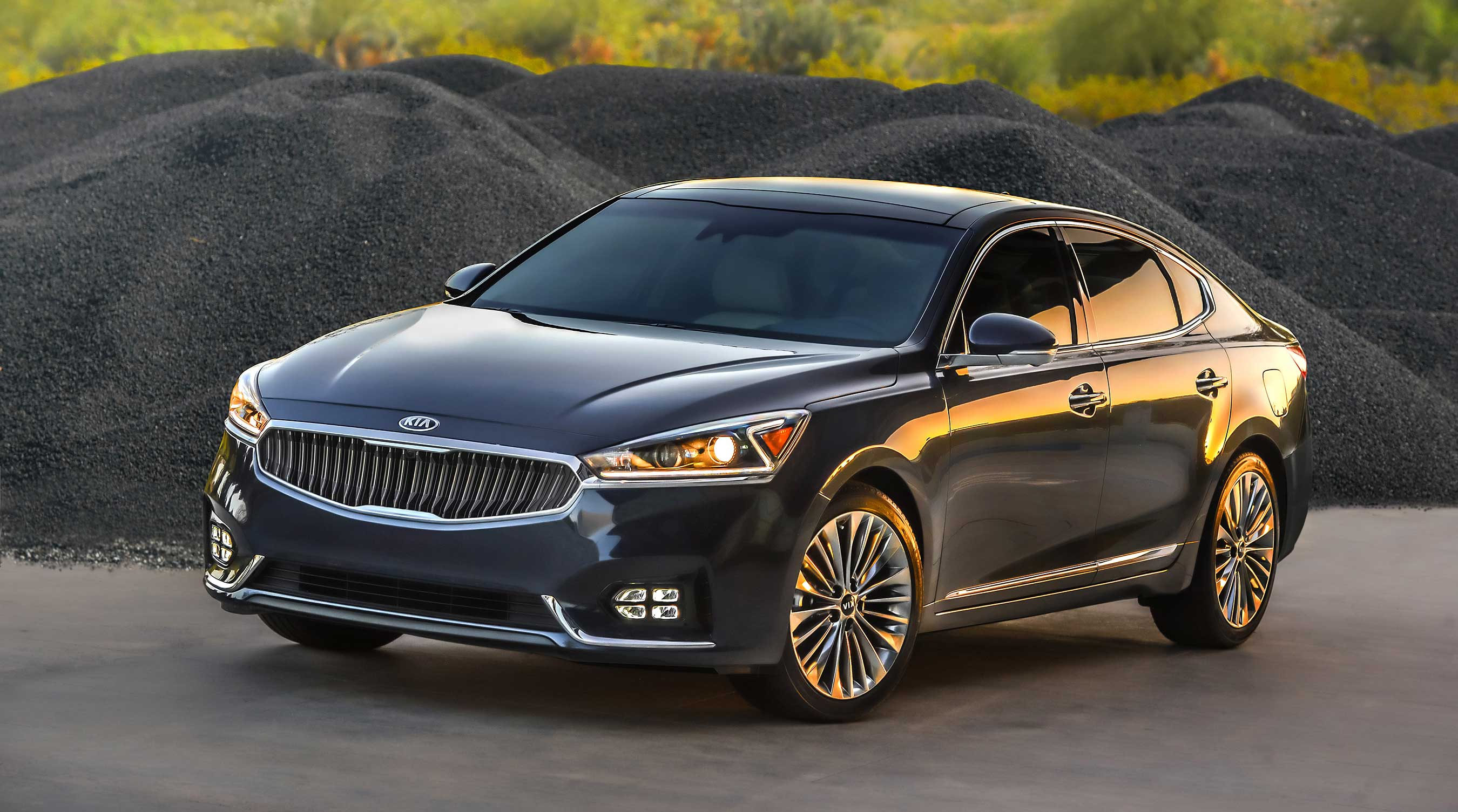Kia Cadenza achieves the lowest average number of problems among all models ranked in the J.D. Power Initial Quality Study (IQS)