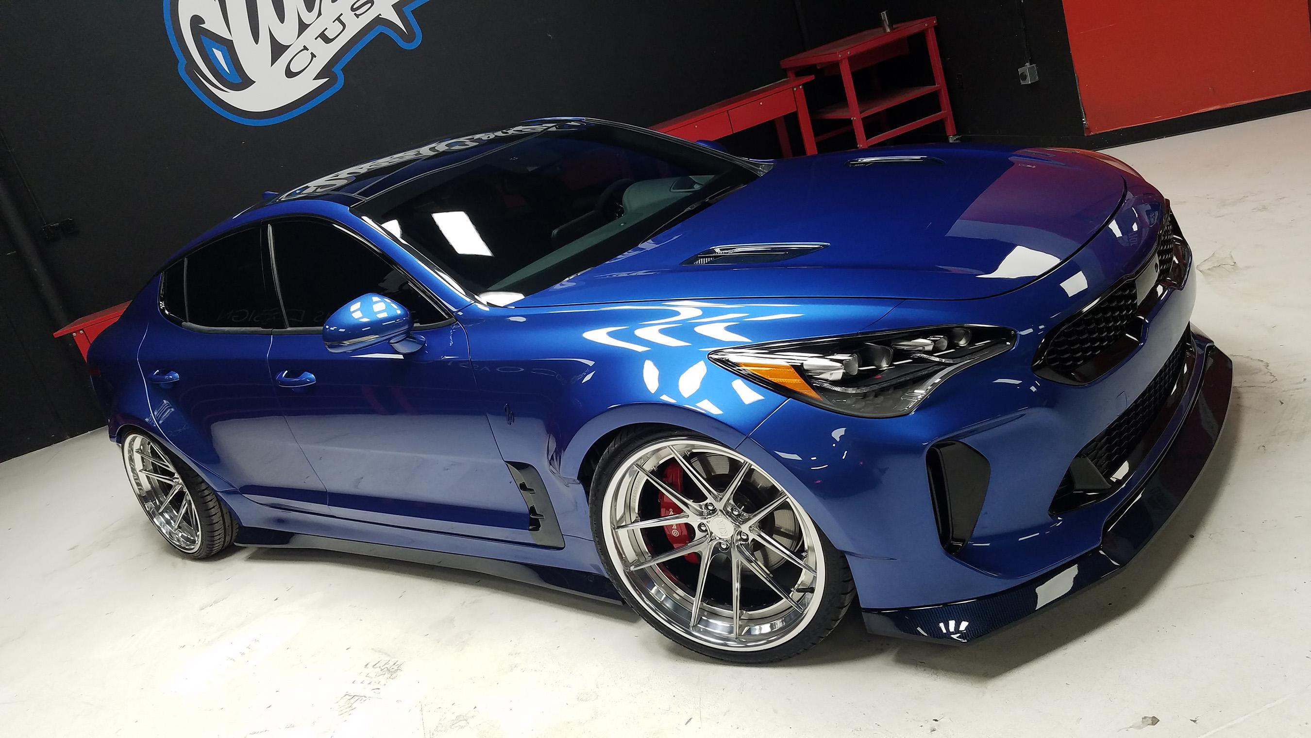 Kia motors america showcases performance style and luxury for Kia motors usa com