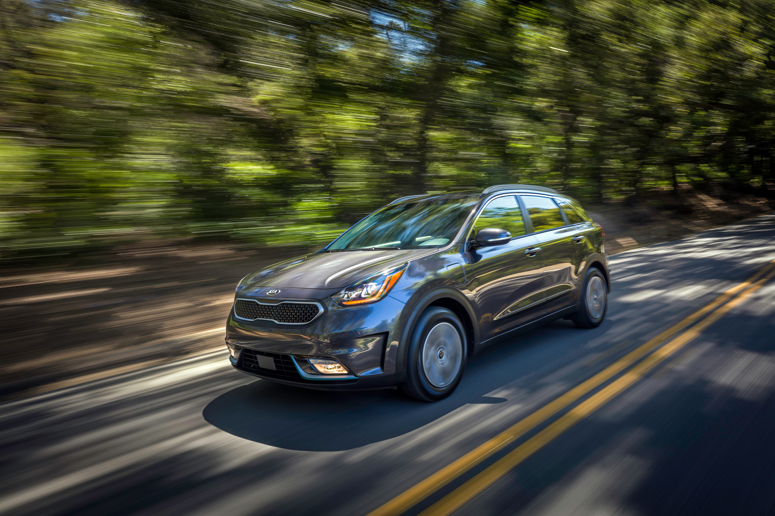 As Kia's third plug-in model, the 2018 Niro PHEV offers the same crossover utility, fun-driving and winning design of the Niro Hybrid, but with an estimated 26-miles of All-Electric Range and a total driving range rated at up to an estimated 560 miles.