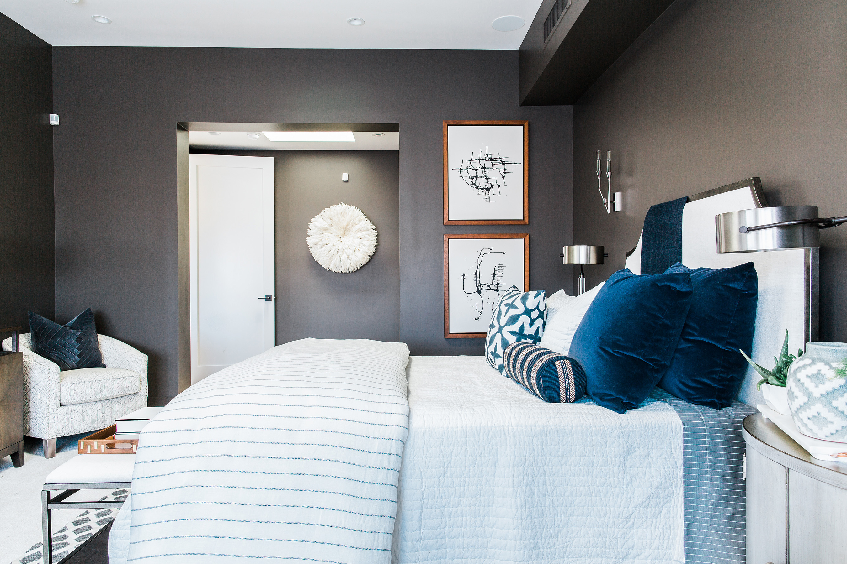 The Master Bedroom Of Hgtv Smart Home 2017 Is Wred In Warm Cozy Colors And