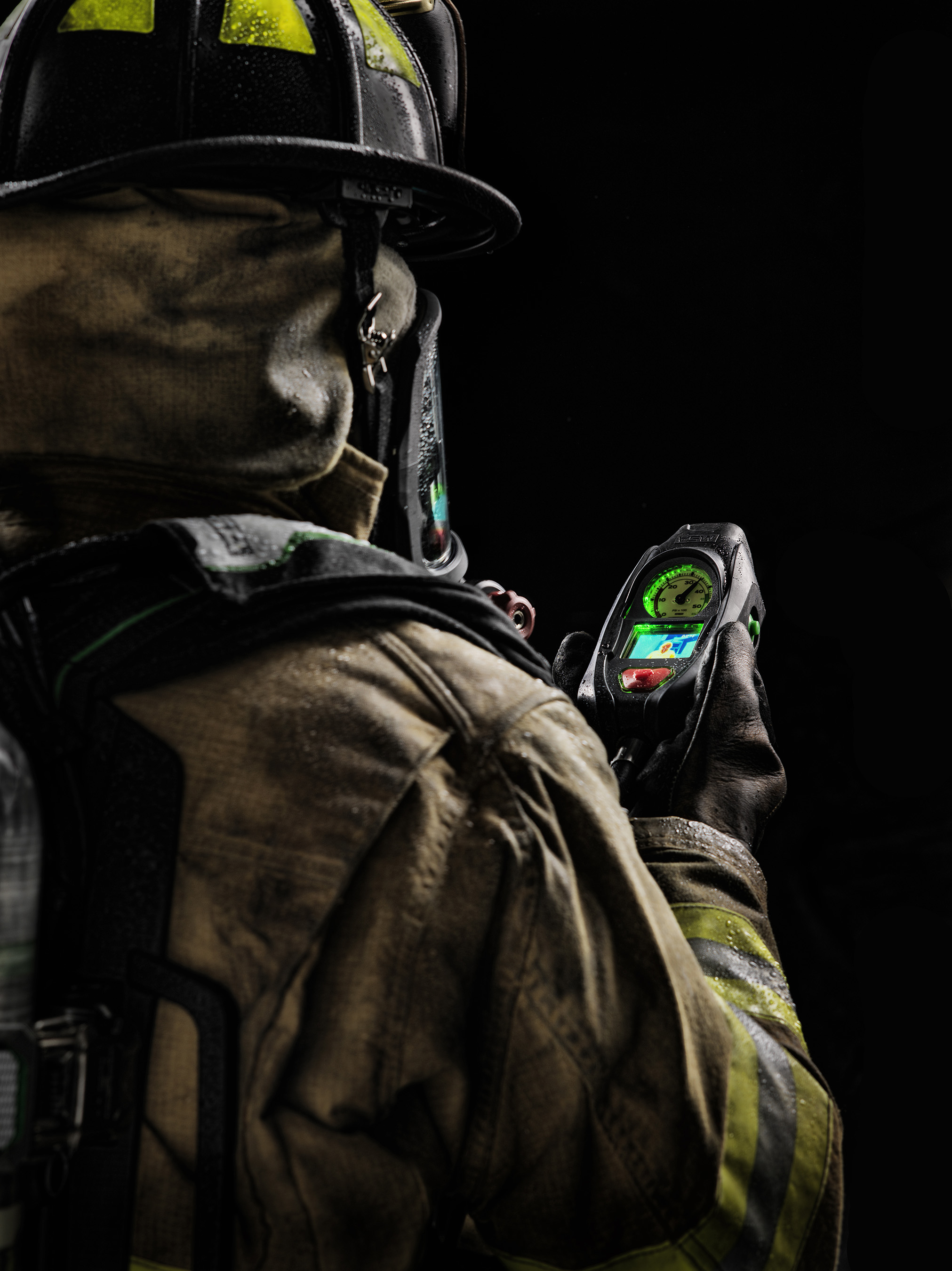 A crisp, clear image provides every firefighter the ability to see the scene and environment around them.