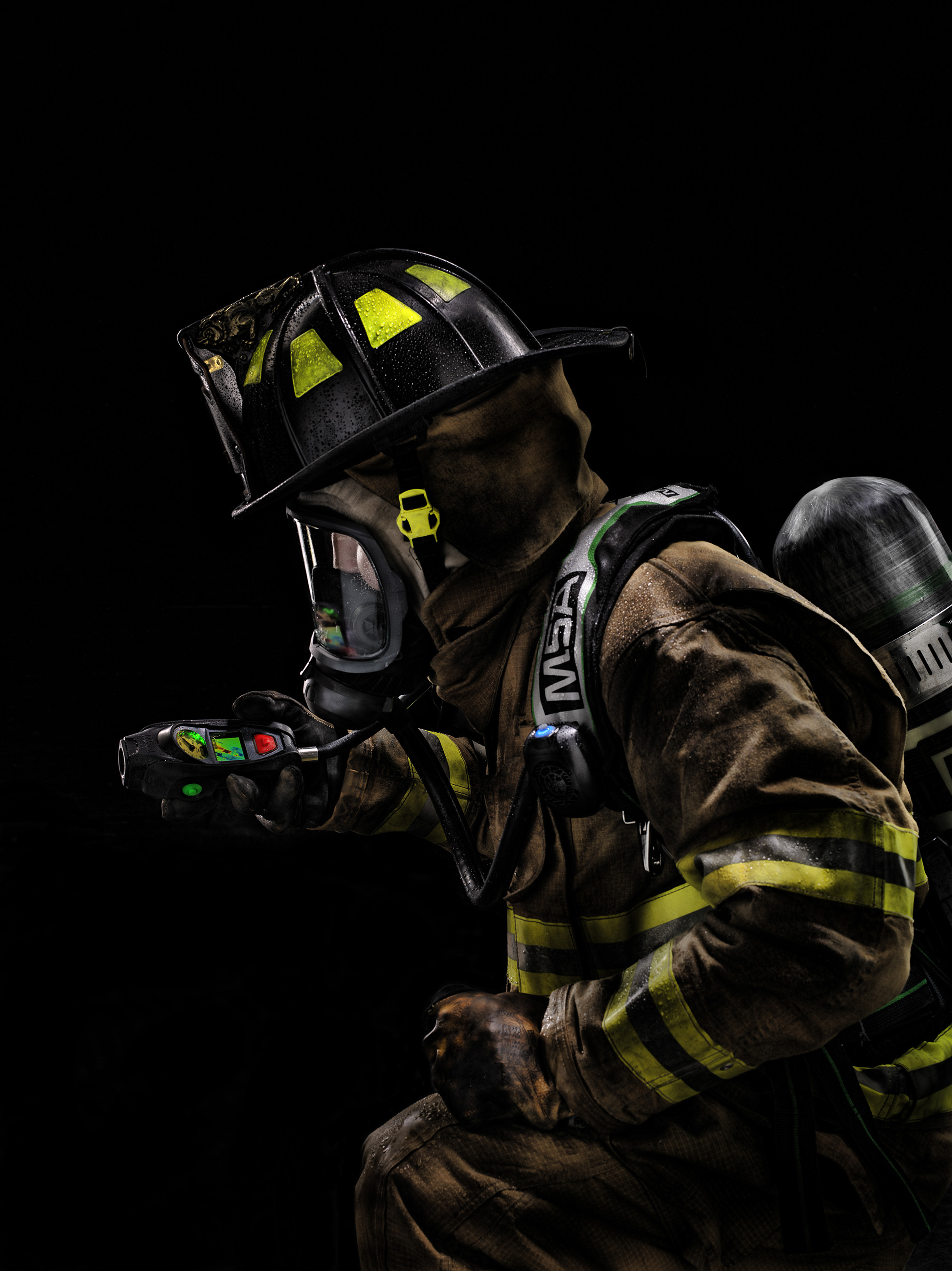 Integrated directly into the SCBA, the Integrated TIC uses the G1 SCBAs integrated power source and eliminates any chance of the TIC being forgotten.Integrated directly into the SCBA, the Integrated TIC uses the G1 SCBAs integrated power source and eliminates any chance of the TIC being forgotten.