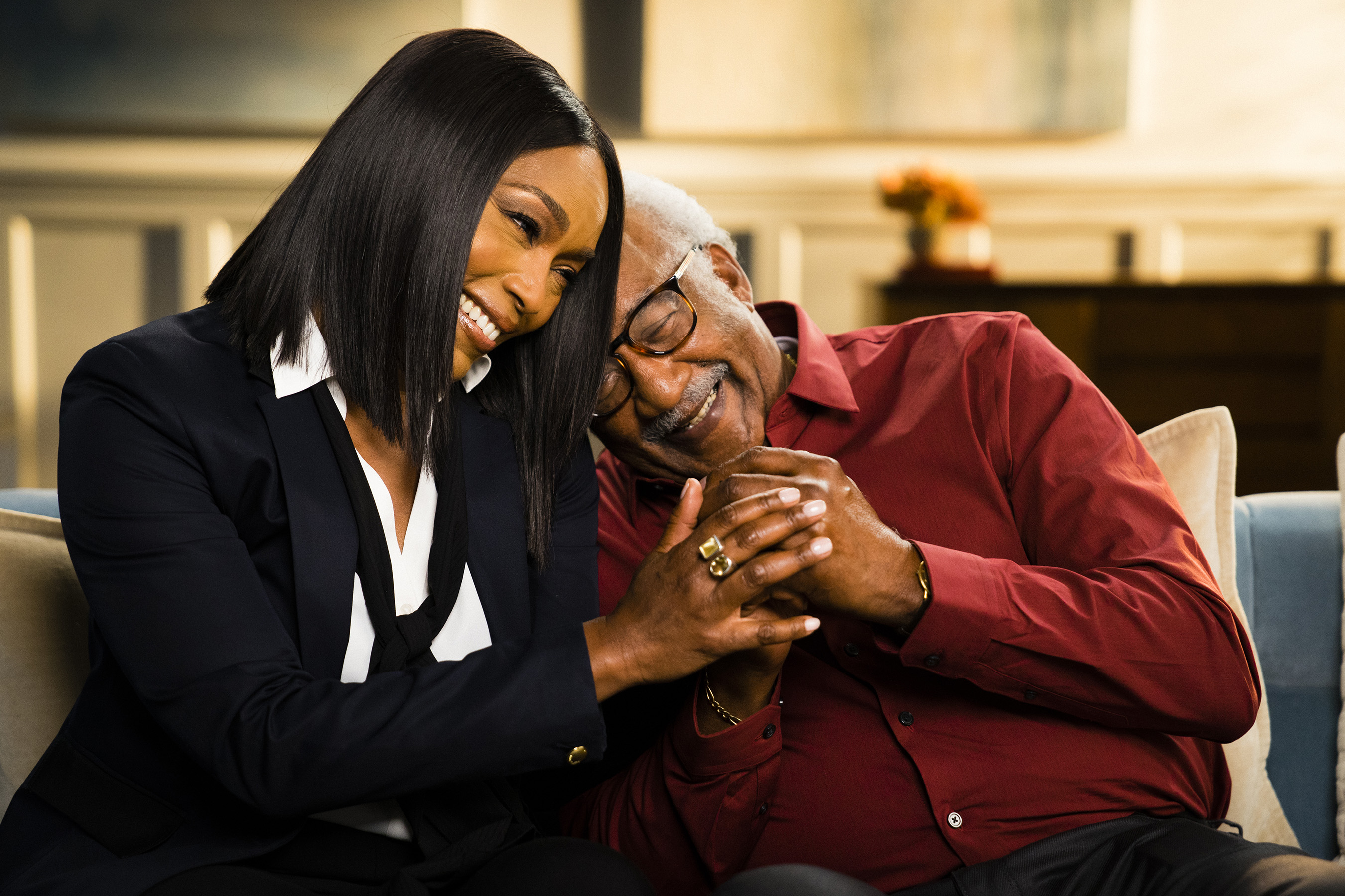 Angela Bassett, whose mom had type 2 diabetes and died of heart disease, and her uncle, Ralph, share their personal connection with both conditions and urge others to know their heart disease risk.