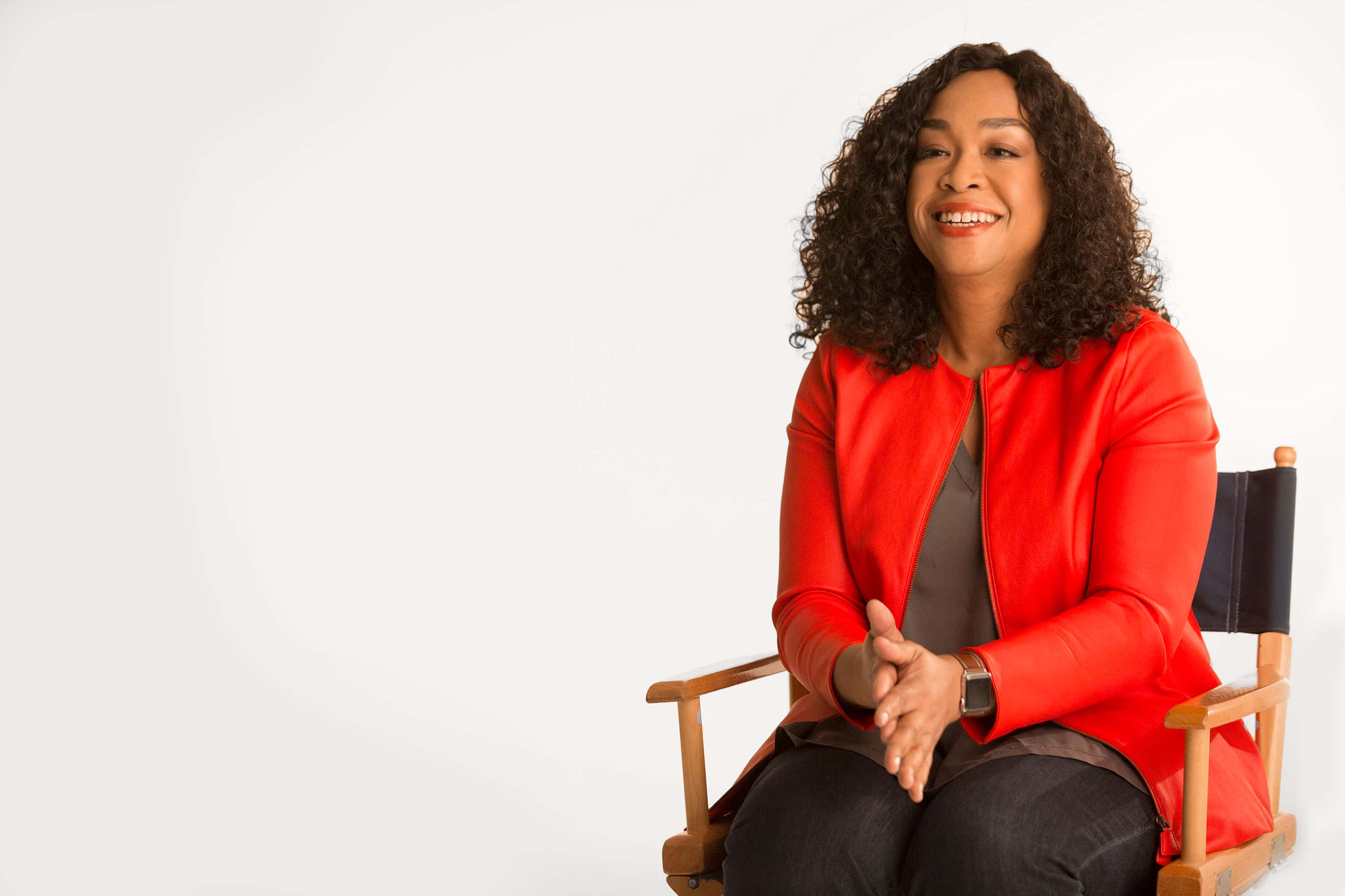 Shonda Rhimes has been a pioneer in celebrating diverse and inclusive beauty on screen and now she's putting the power directly into the hands of real women and girls with Dove Real Beauty Productions