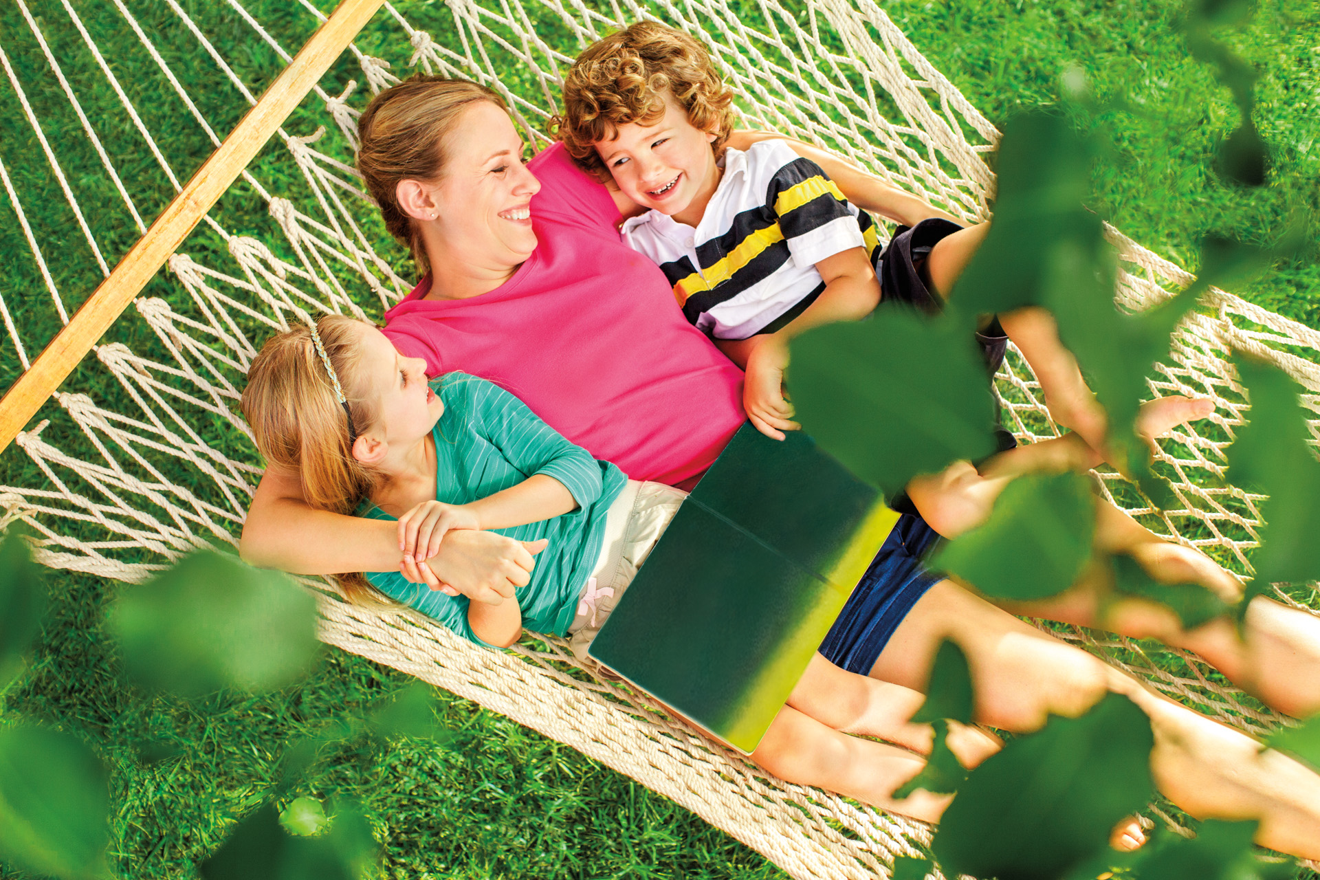 TruGreen Mosquito Defense™ helps homeowners combat mosquitoes and protect their families