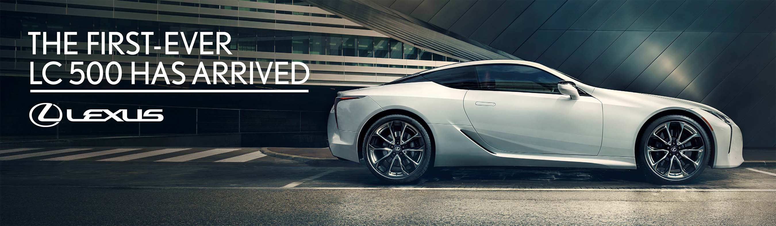 Lexus LC 500: Out-of-Home Ad