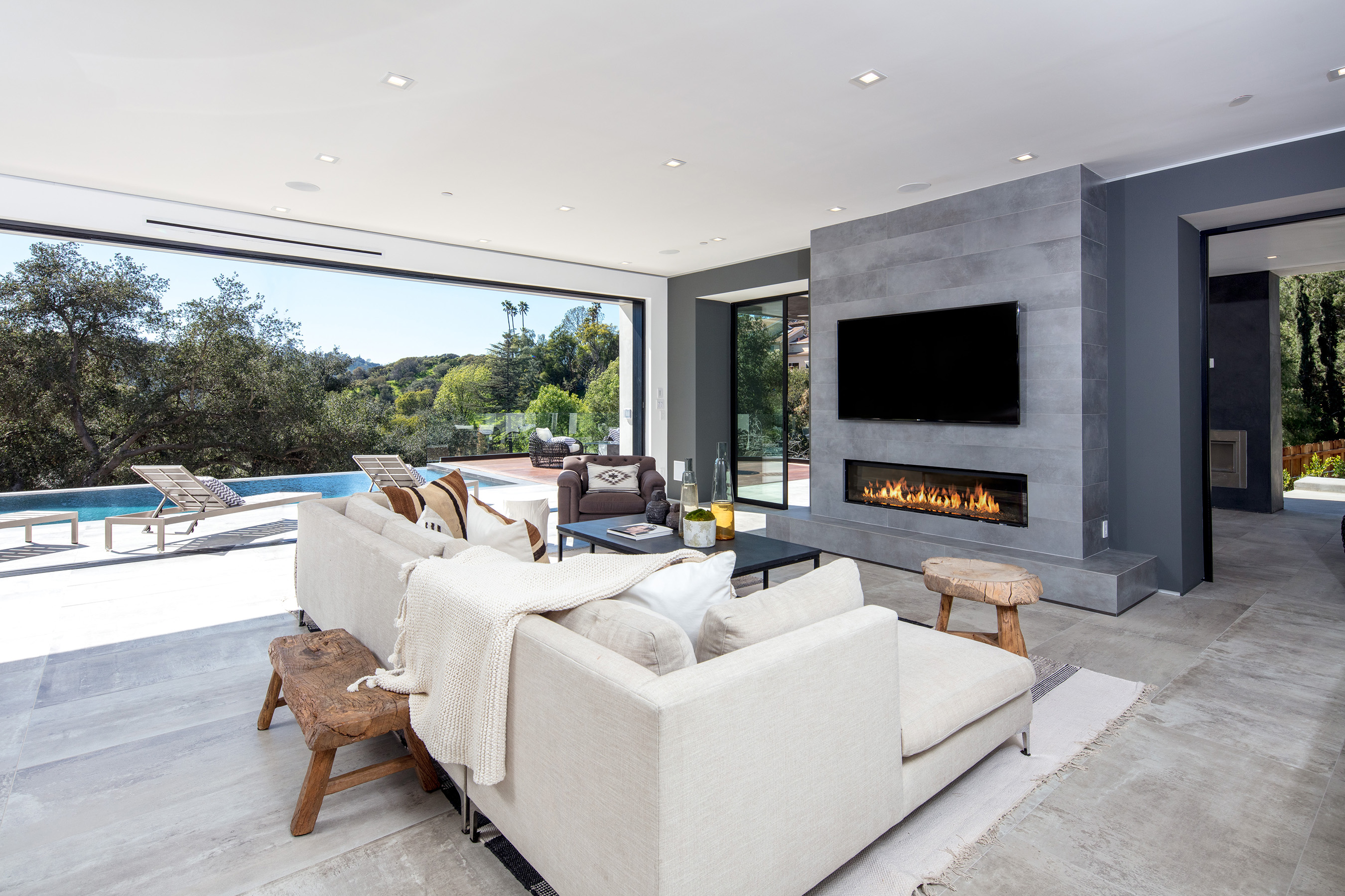 This one-of-a-kind architectural home is located in the celebrity driven area of Studio City