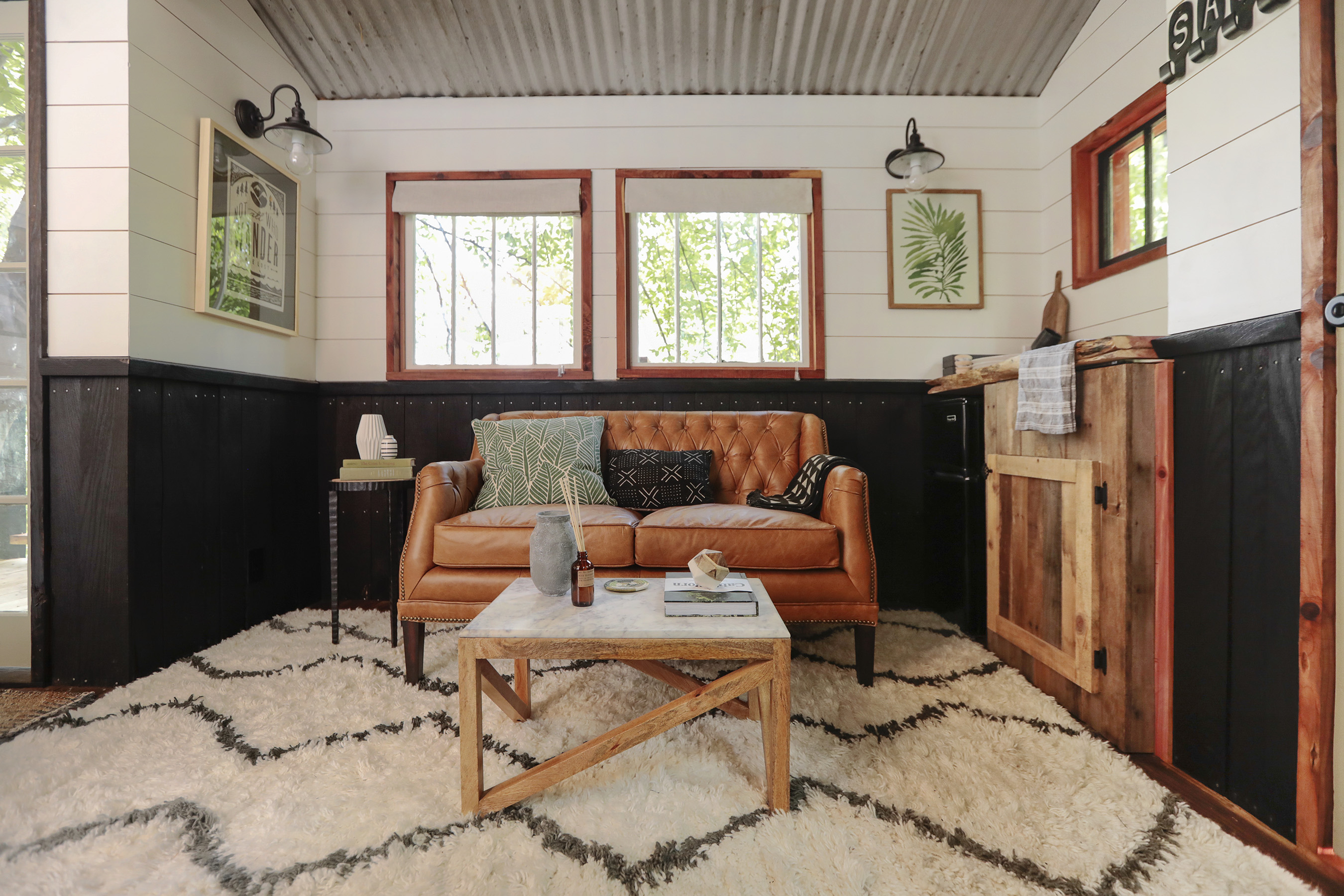 The interior of the Dove Men+Care Elements Treehouse was curated by Will Taylor of Bright Bazaar, featuring a rustic design with modern amenities and accents that nod to the nature-inspired ingredients from the Elements product range.