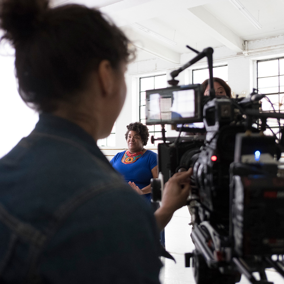 """Cathleen Meredith tells her #RealBeauty story on the set of """"Meet Cathleen"""""""