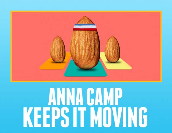 Anna Camp Keeps It Moving
