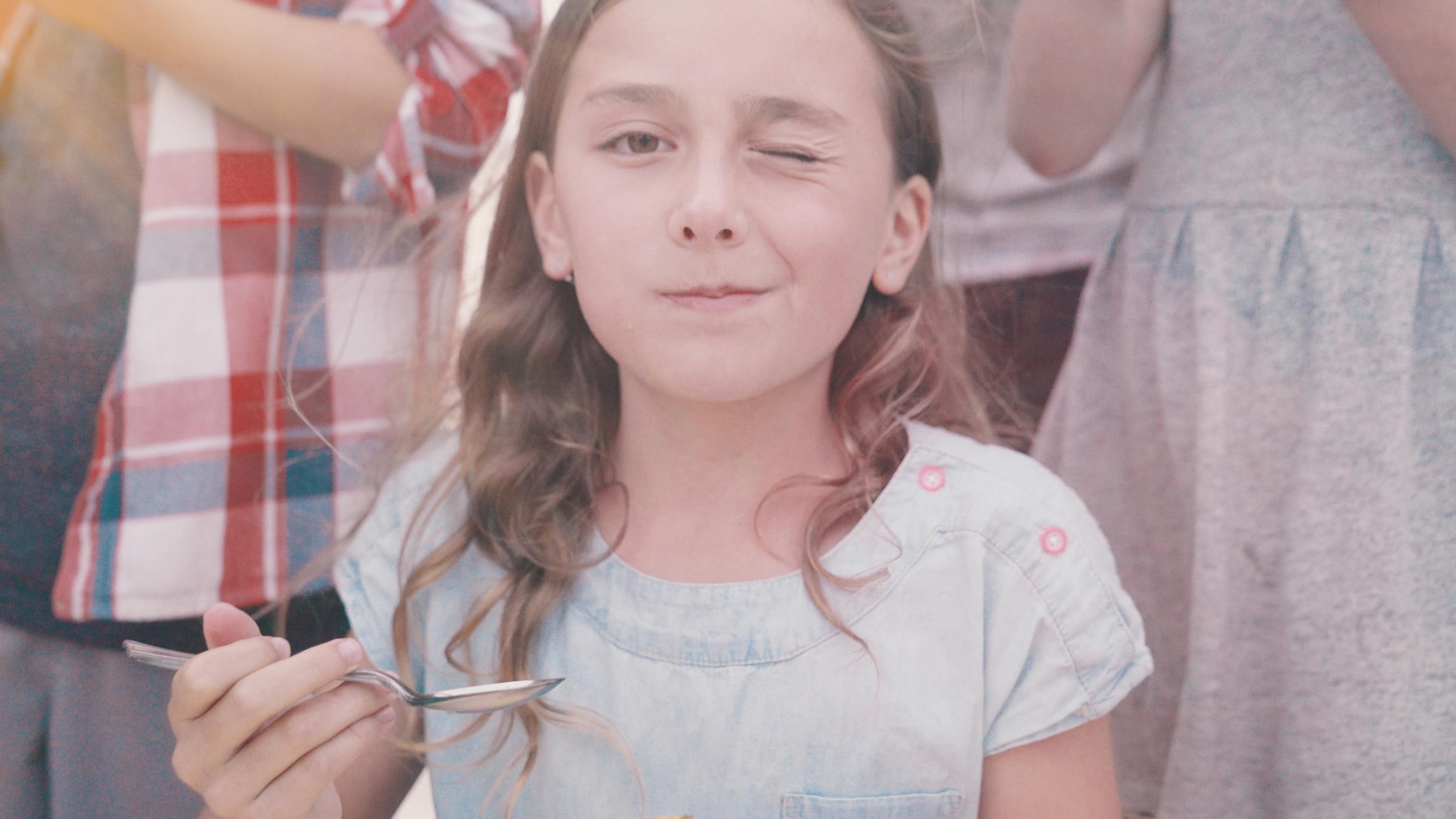 Zespri Kiwifruit is kicking-off summer and the seasonal return of SunGold Kiwis with an original video that brings to life the joyful spirit of summer and the unique taste of Zespri SunGold Kiwifruit.