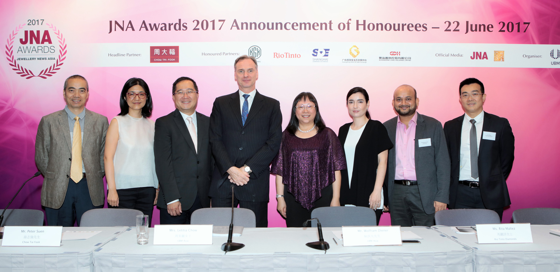 (From left) Guangdong Gems & Jade Exchange; Shanghai Diamond Exchange; Chow Tai Fook Jewellery Group; UBM Asia; UBM Asia; Rio Tinto Diamonds; KGK Group; Guangdong Land Holdings