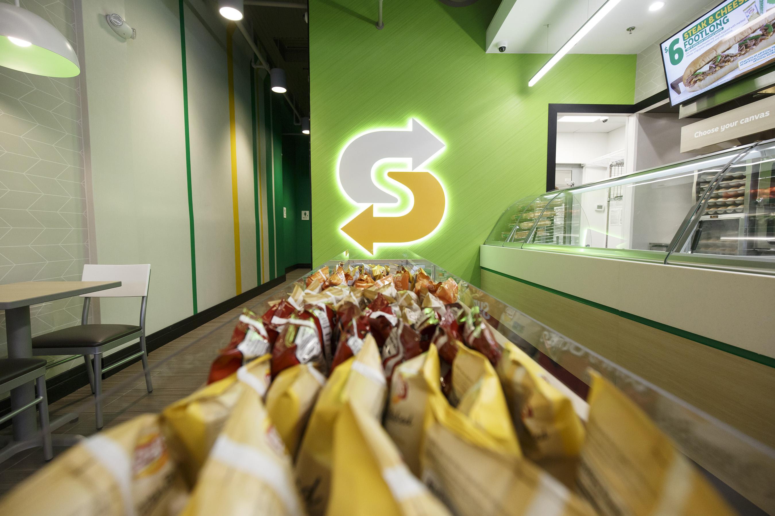 Subway® Brings 'Fresh Forward' With New Restaurant Design ...