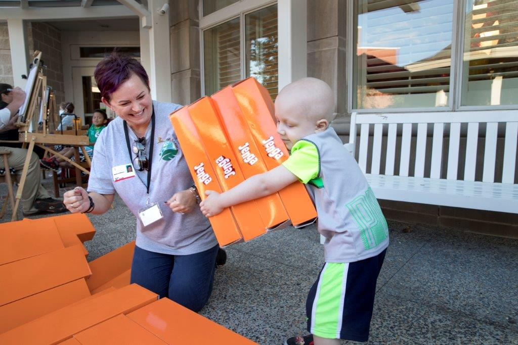 TruGreen associates joined patients and their families at St. Jude Children's Research Hospital® for an afternoon of fun in recognition of National Childhood Cancer Awareness Month.