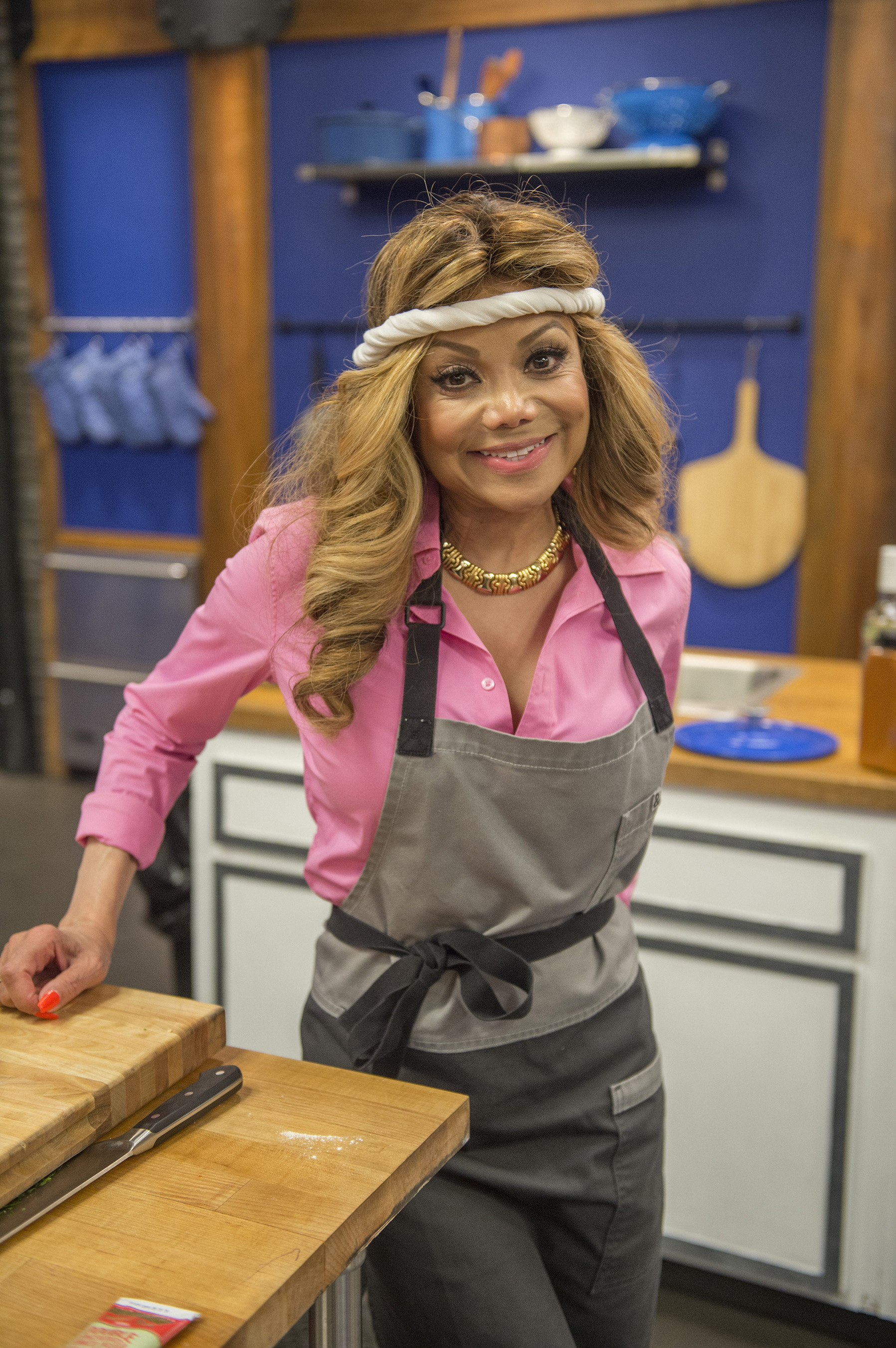 Worst Celebrity Makeup Ever: New Roster Of Cooking-Challenged Celebrities Enter