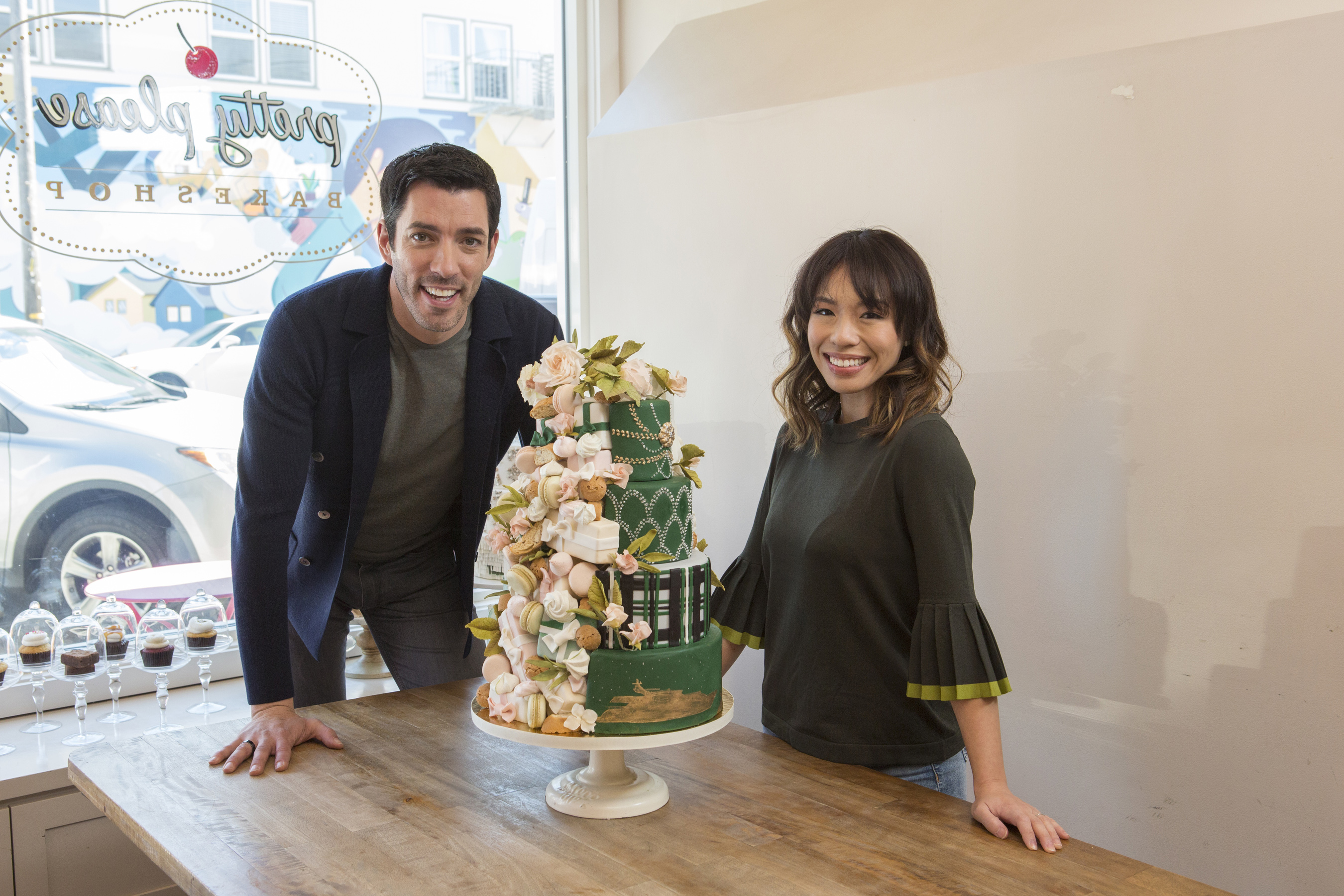 Drew Scott and Linda Phan on Food Network's Wedding Cake Countdown with Drew and Linda