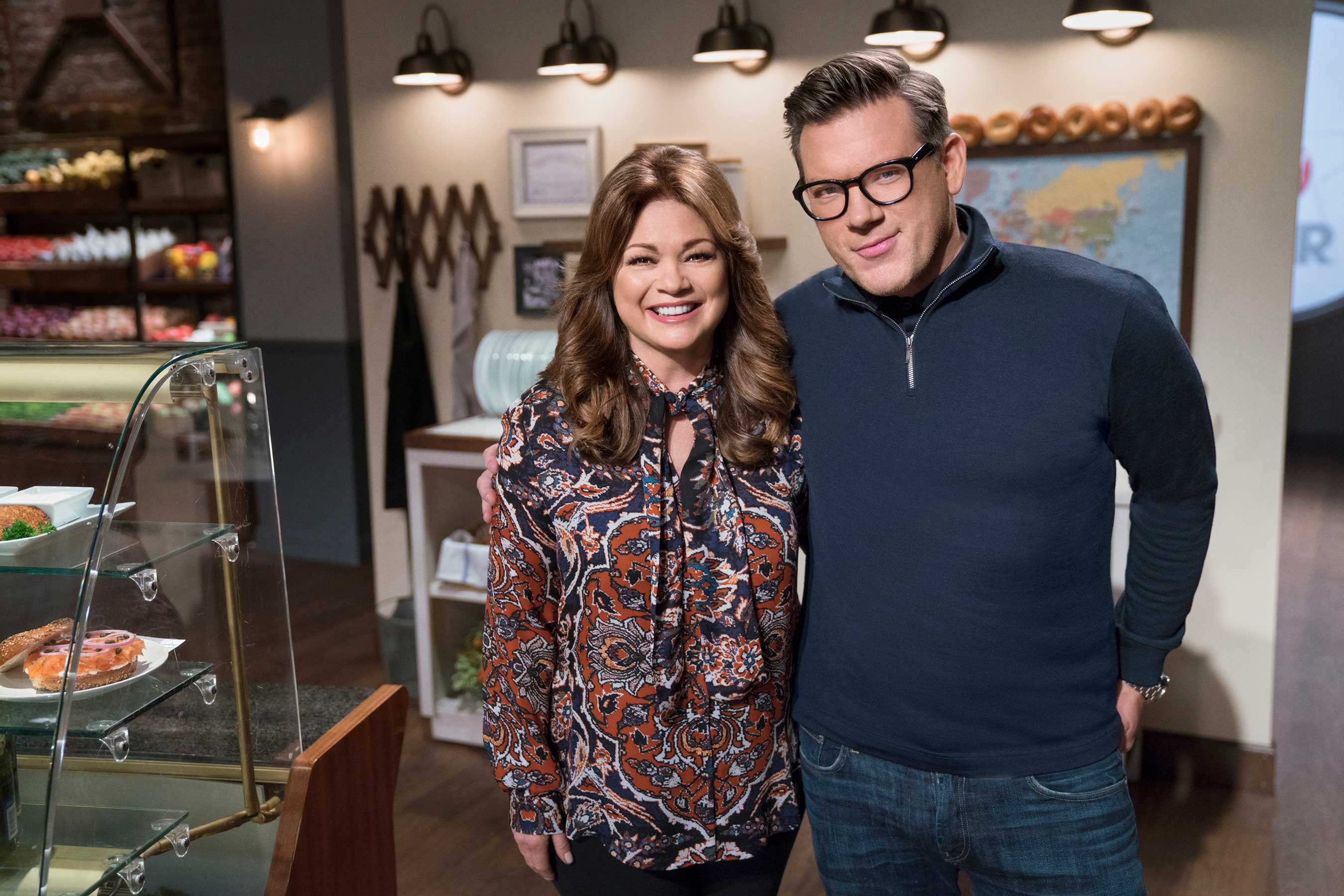 Food Network Star Comeback Kitchen Hosts