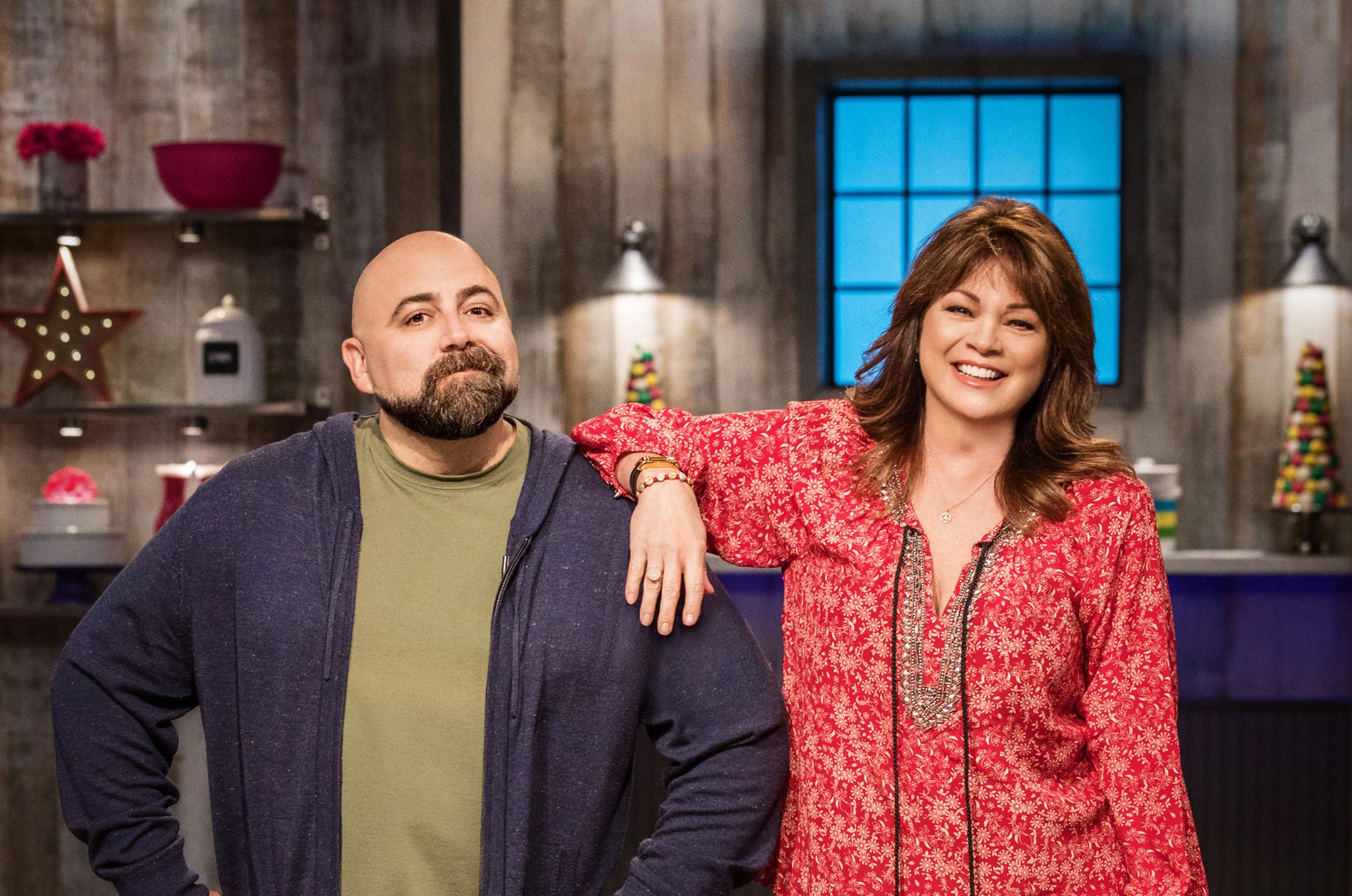 Duff Goldman and Valerie Bertinelli on Food Network's Kids Baking Championship