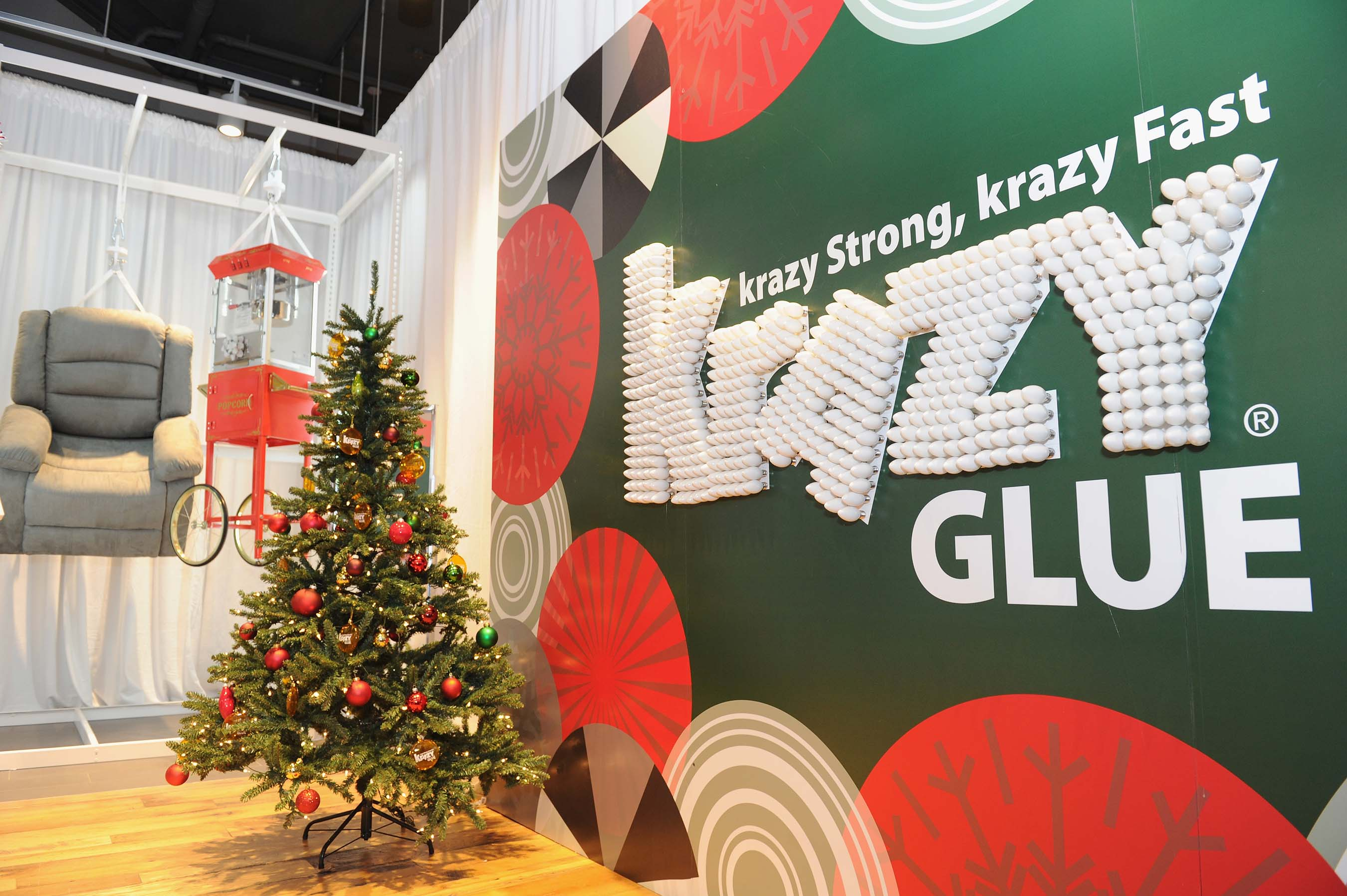 Krazy Glue® hosted the first ever Krazy Store in New York City on December 12, 2017.