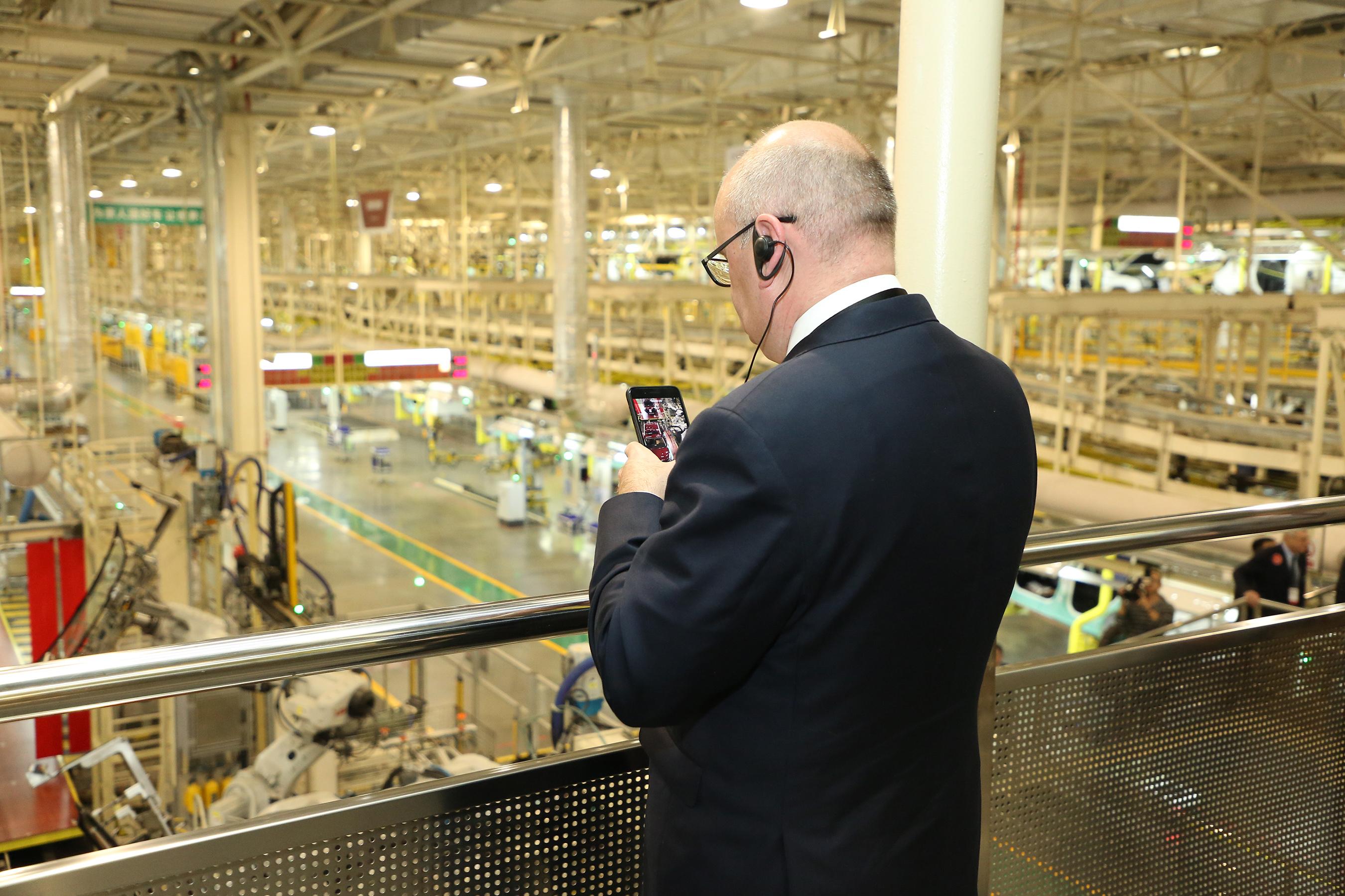 Guests get a glimpse of GAC Motor's factory in Panyu, Guangzhou