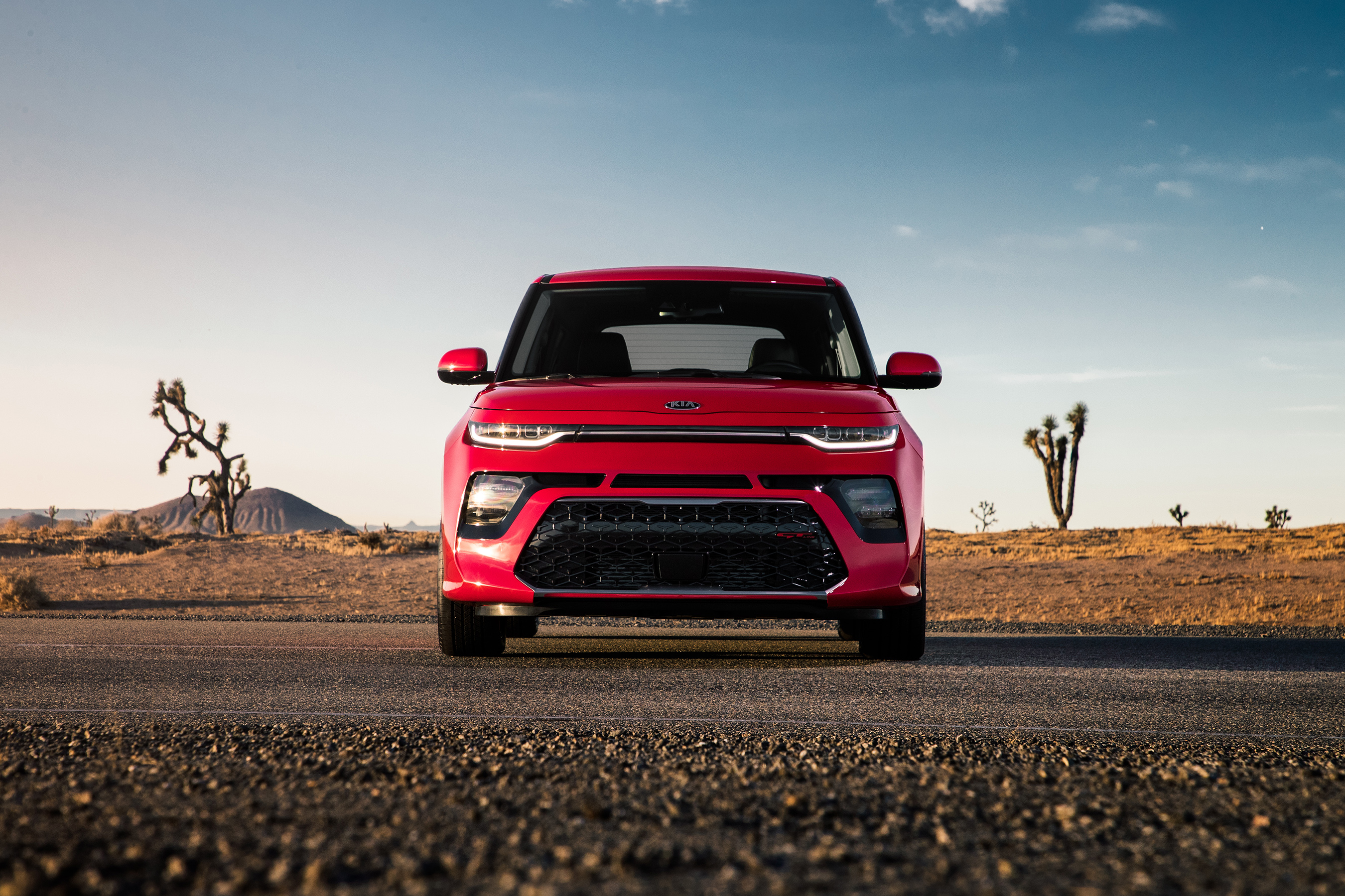 All-new third-generation Kia Soul continues to transcend unmatched style, peppy performance, thrilling technology, and urban practicality.