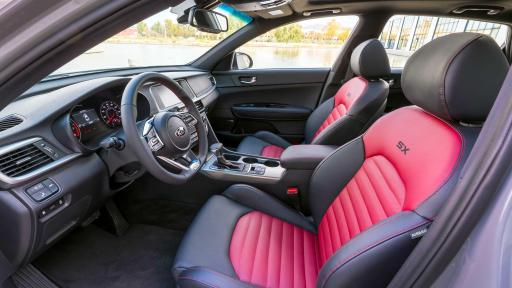 Interior view of 2019 Kia Optima