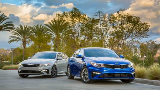 gray and blue 2019 Kia Optima