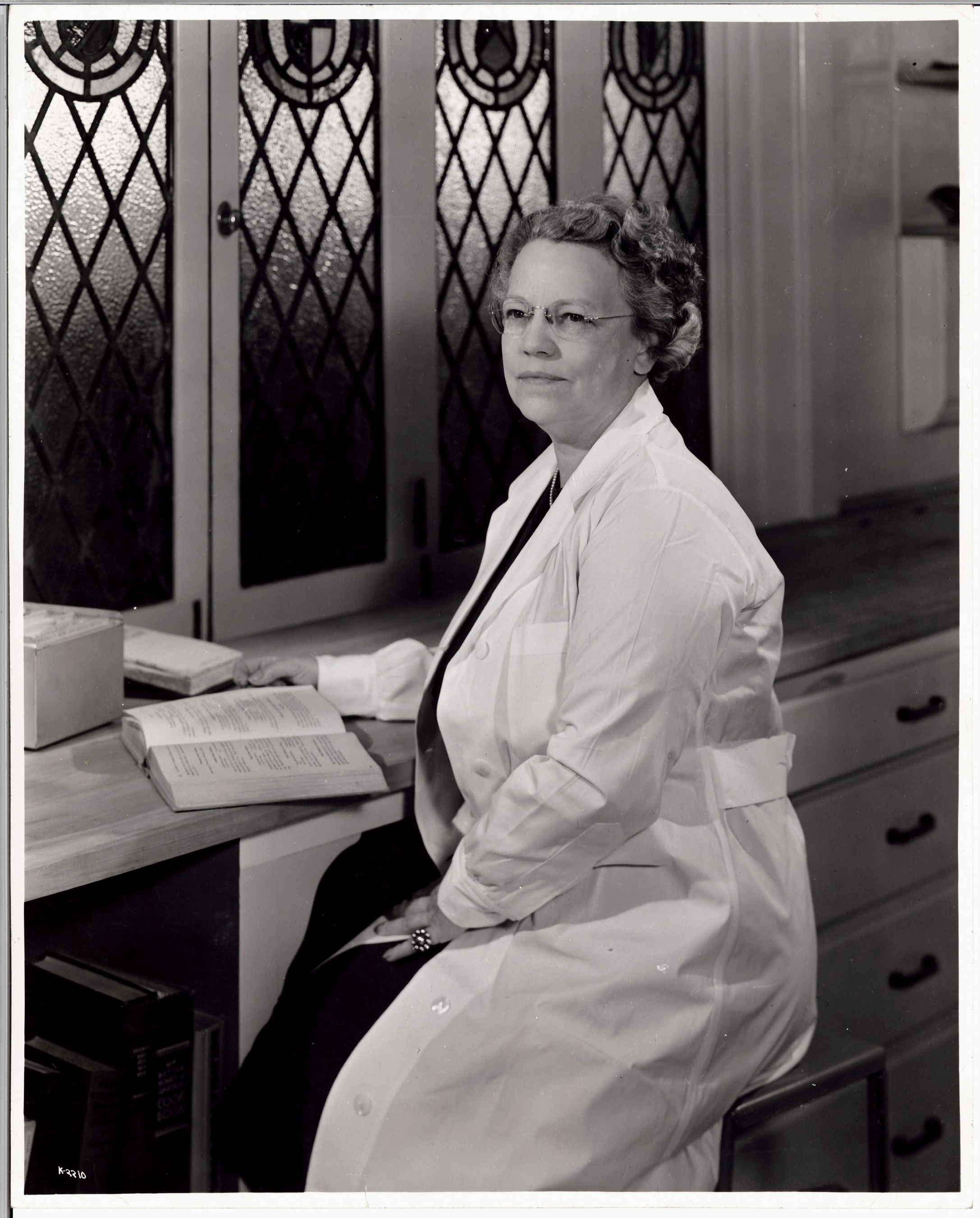 Mary Barber, Kellogg Director of Home Economics, 1946