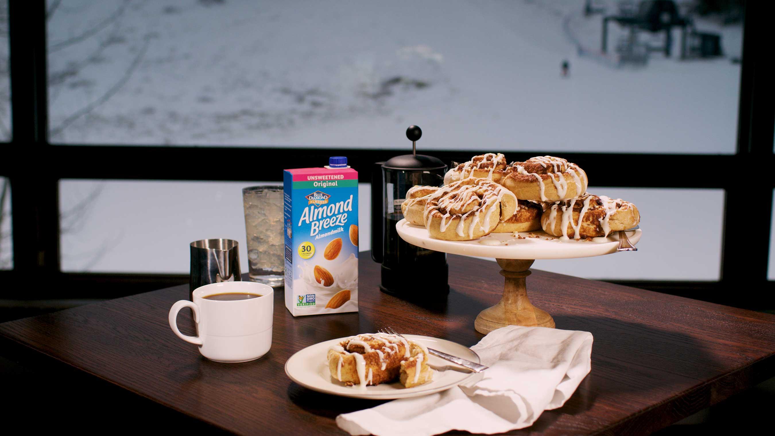 Blue Diamond Extends Partnership to Serve as Official Almondmilk and Snack Nut for the U.S. Ski & Snowboard Team