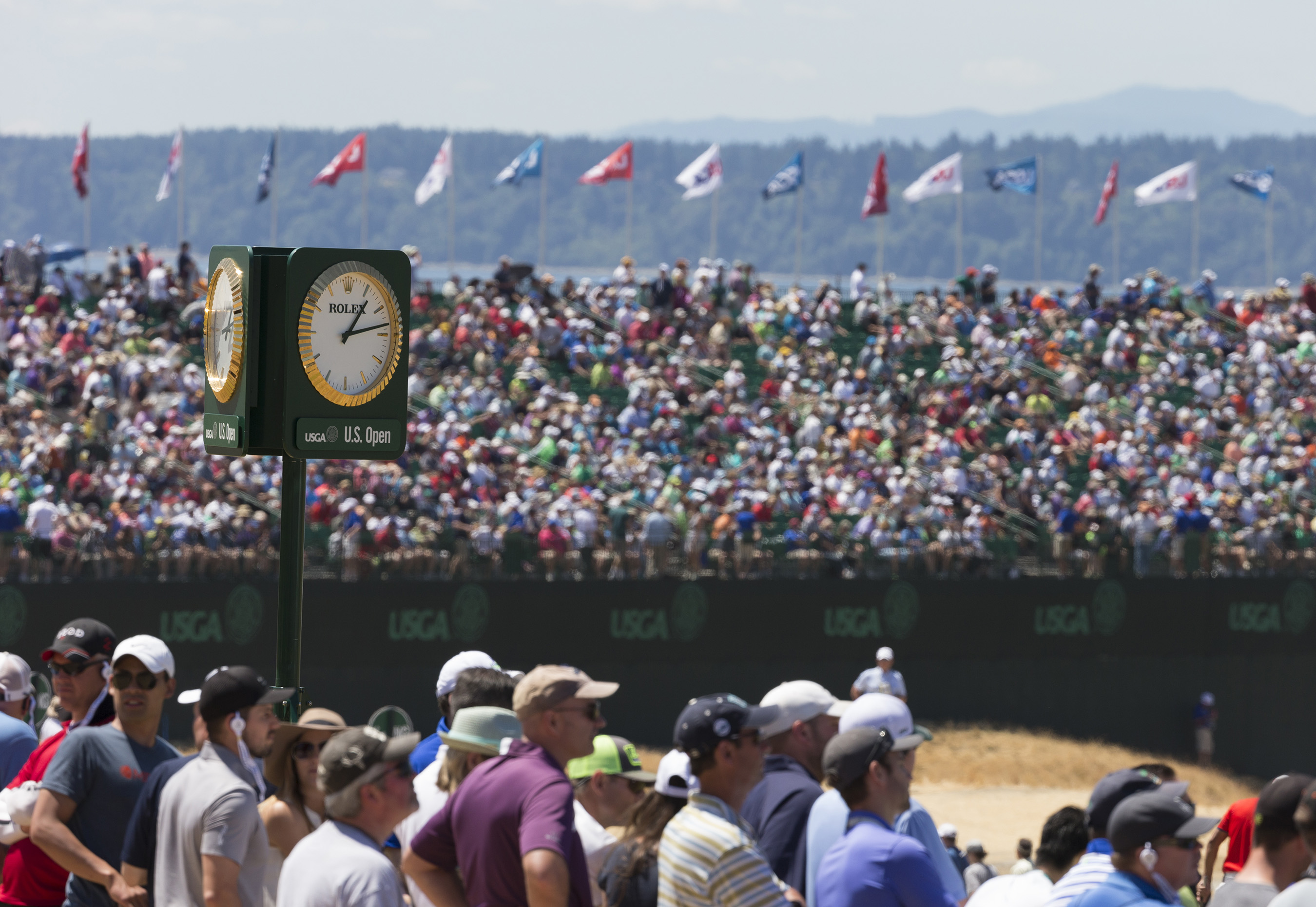 Rolex is the official timekeeper of the UGSA and its championships