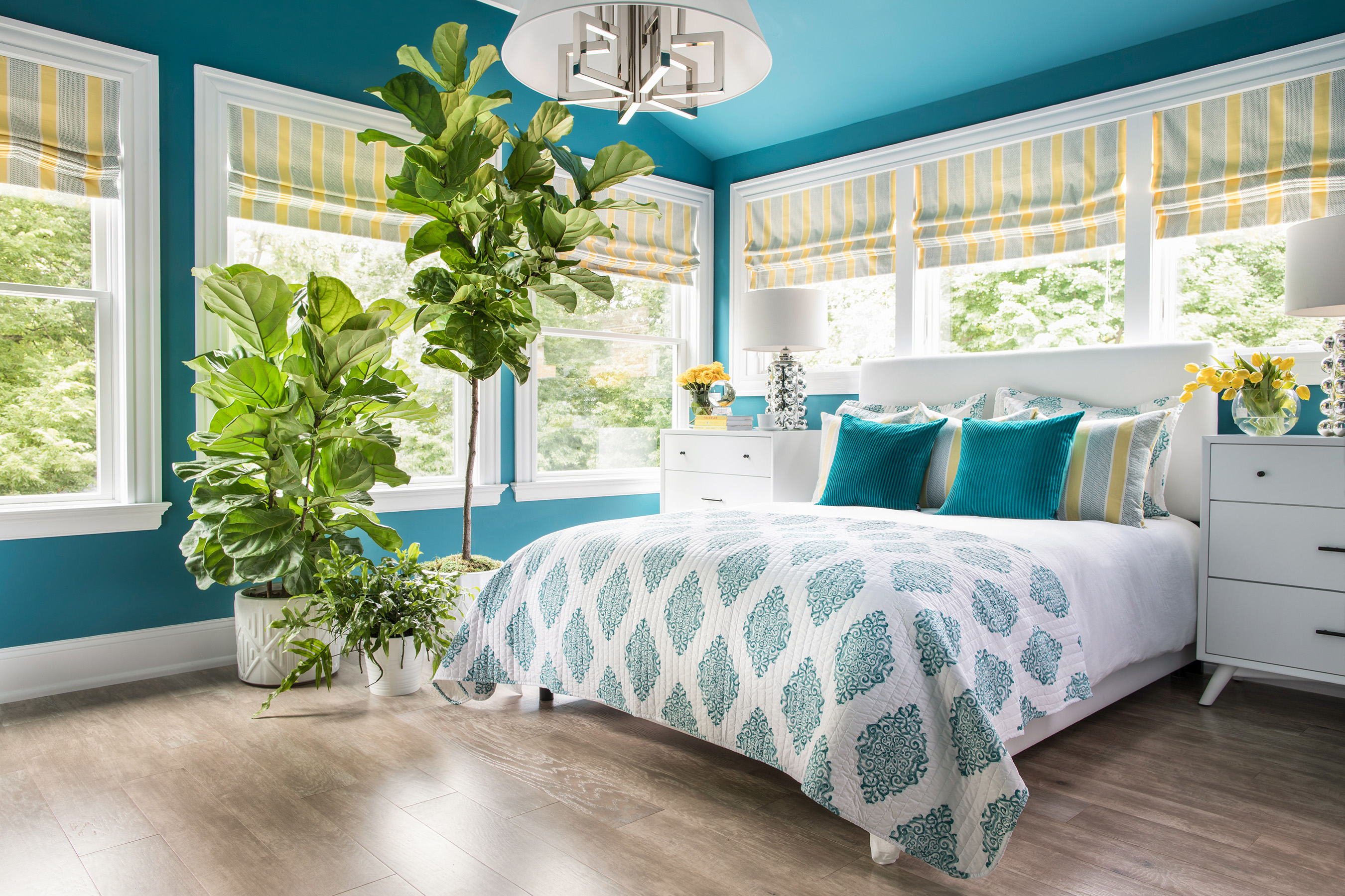 Take a Virtual Tour of HGTV Urban Oasis 2018 Located in Cincinnati, Master Bedroom Decorating Hgtv Html on hgtv guest bedroom decorating, hgtv master bathroom, hgtv bedroom colors, better homes and gardens master bedroom decorating, hgtv master bedroom paint, hgtv master bedroom inspiration,