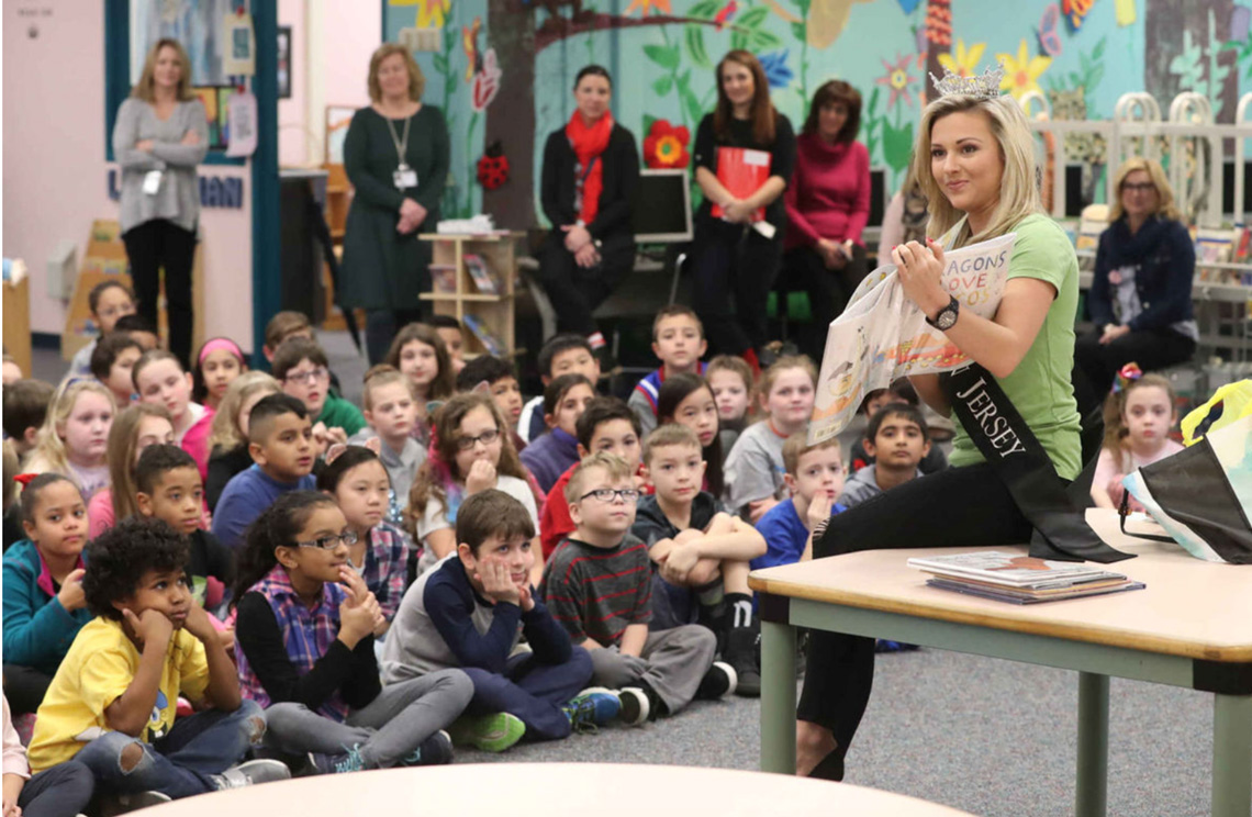 Fueling Good in the Garden State, Miss New Jersey 2017, Kaitlyn Schoeffel visits with students to share how a passion for reading can help them achieve their dreams.