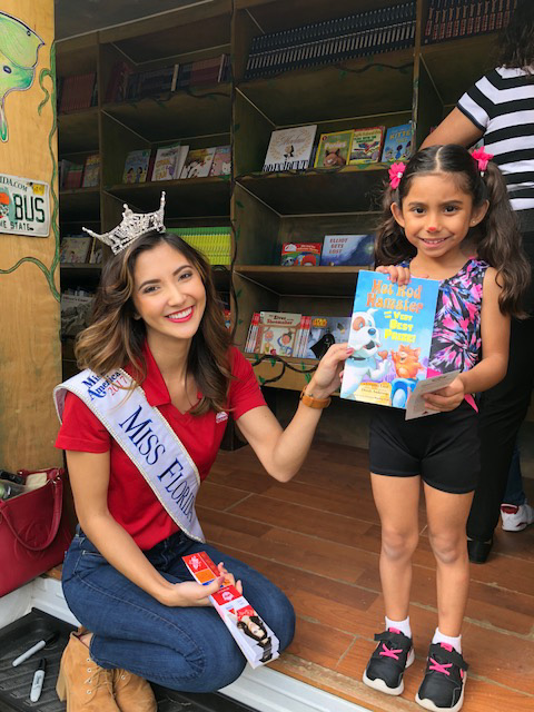 Miss Florida 2017 and CITGO mobile literacy partner, Bess the Book Bus, are helping students pick new books. Founded in 2002 by Jennifer Frances, Bess has donated over 650,000 and visited 48 states.