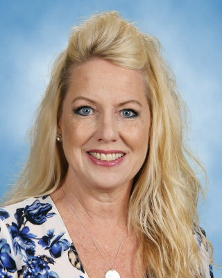 Laurie Kane, winner of 2019 McGraw-Hill ALEKS All-Star Educator Award
