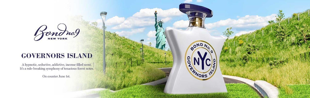 Front and back view of Governors Island white bottle with blue caps.