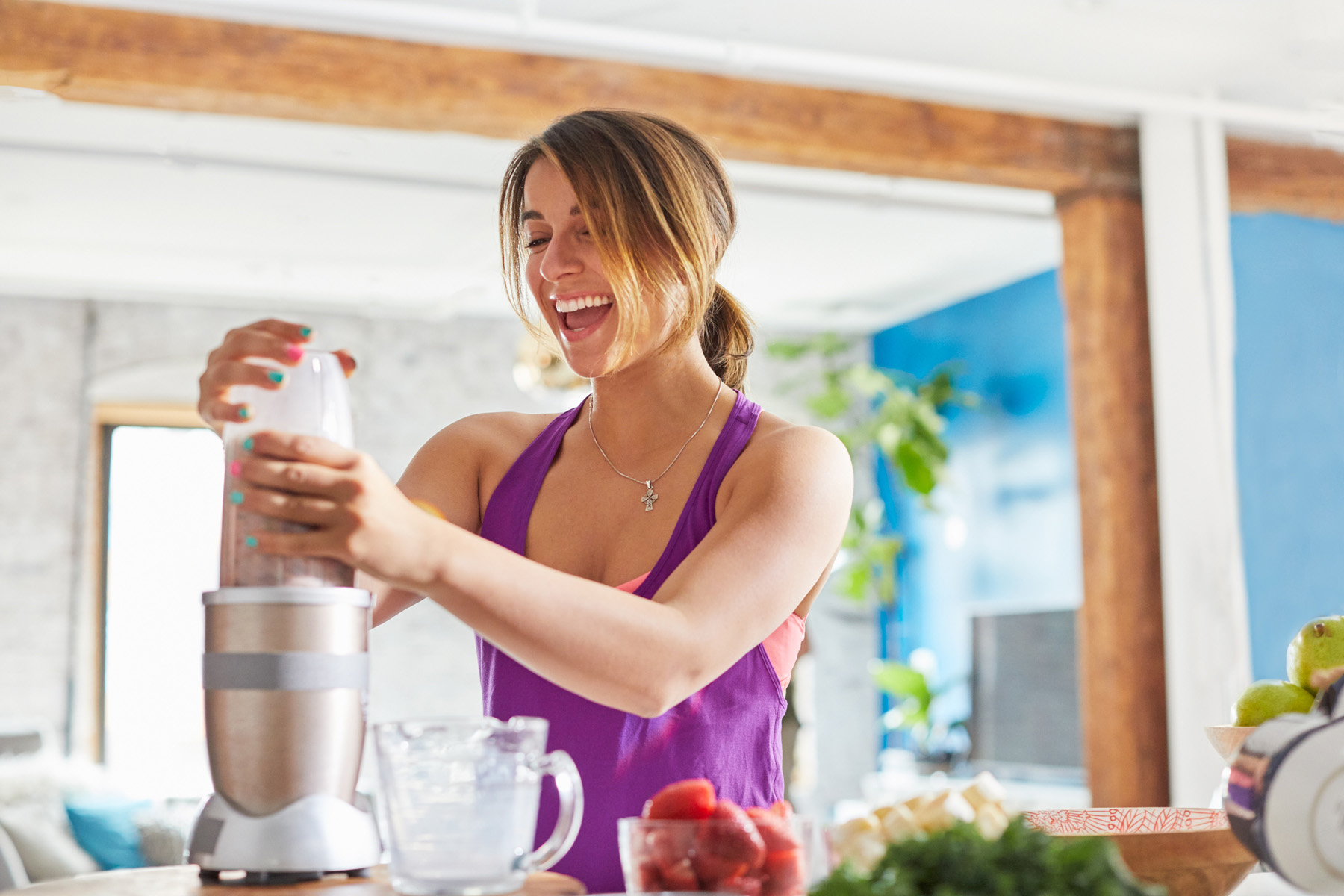 Almond milk smoothies are the perfect post-workout recovery drink